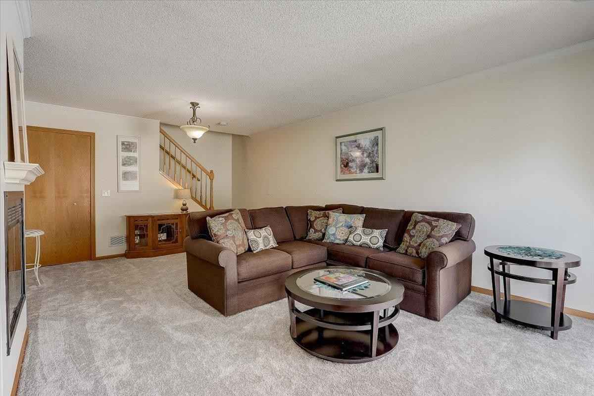 View 18 photos of this 3 bed, 2 bath, and 1,318 sqft. condo home located at 11530 Elmwood Ave N, Champlin, Minnesota 55316 is Active for $243,900.