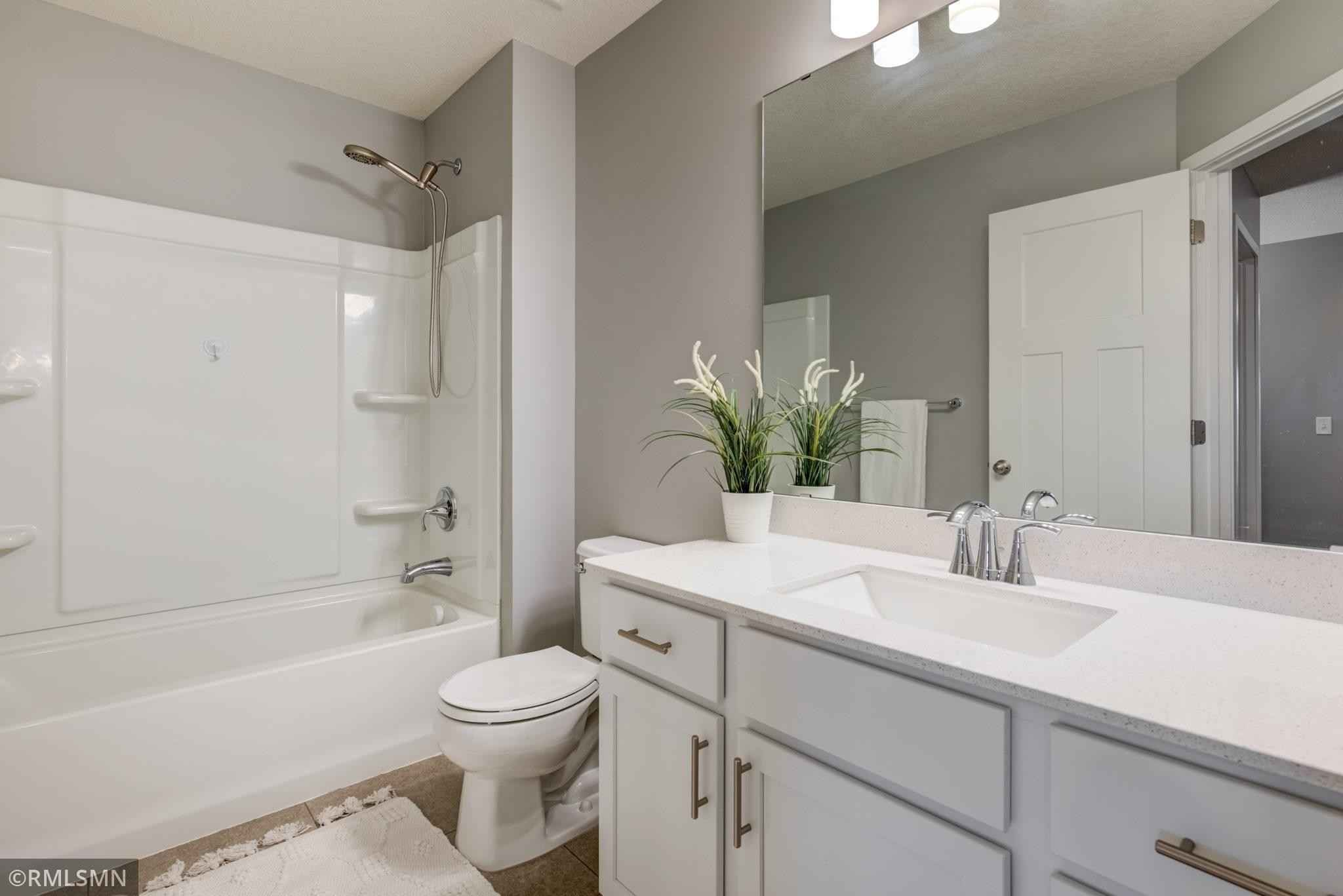 View 25 photos of this 4 bed, 4 bath, and 2,360 sqft. condo home located at 18327 Glassner Way, Lakeville, Minnesota 55044 is Active for $399,999.