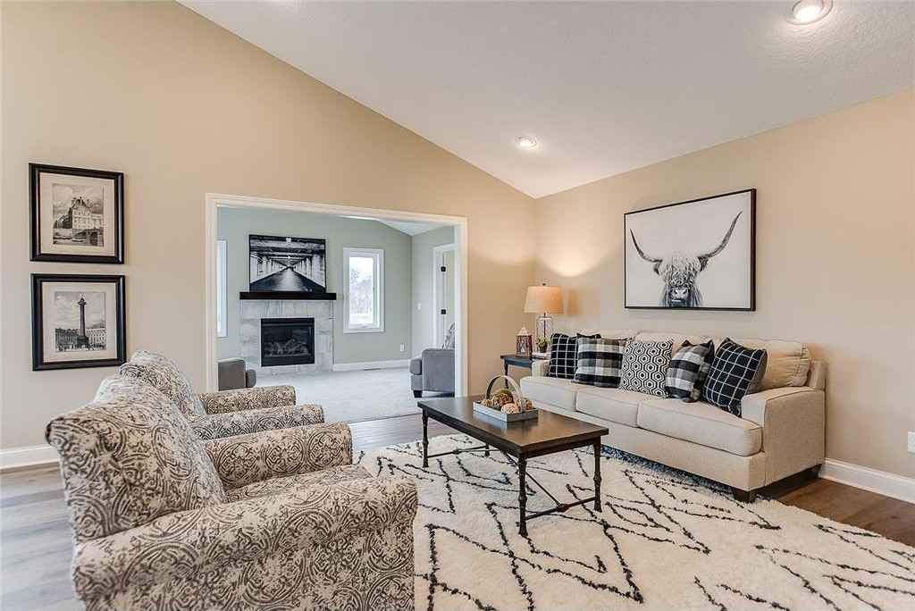 View 13 photos of this 2 bed, 2 bath, and 1,857 sqft. condo home located at 15180 Vicuna St NW, Ramsey, Minnesota 55303 is Pending for $490,365.