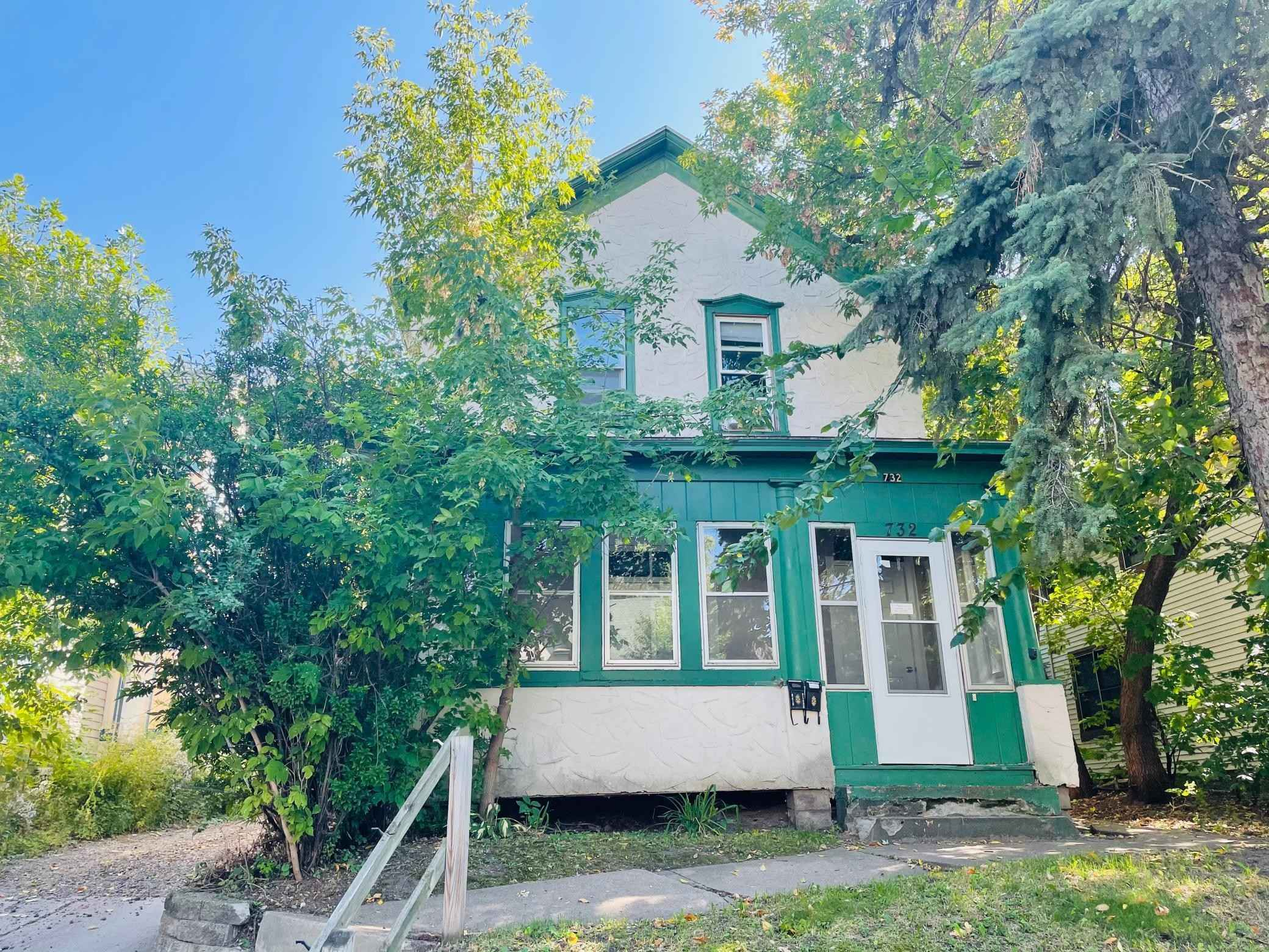 View 12 photos of this 4 bed, 2 bath, and 1,806 sqft. multi_family home located at 732 3rd St E, Saint Paul, Minnesota 55106 is Active for $249,900.