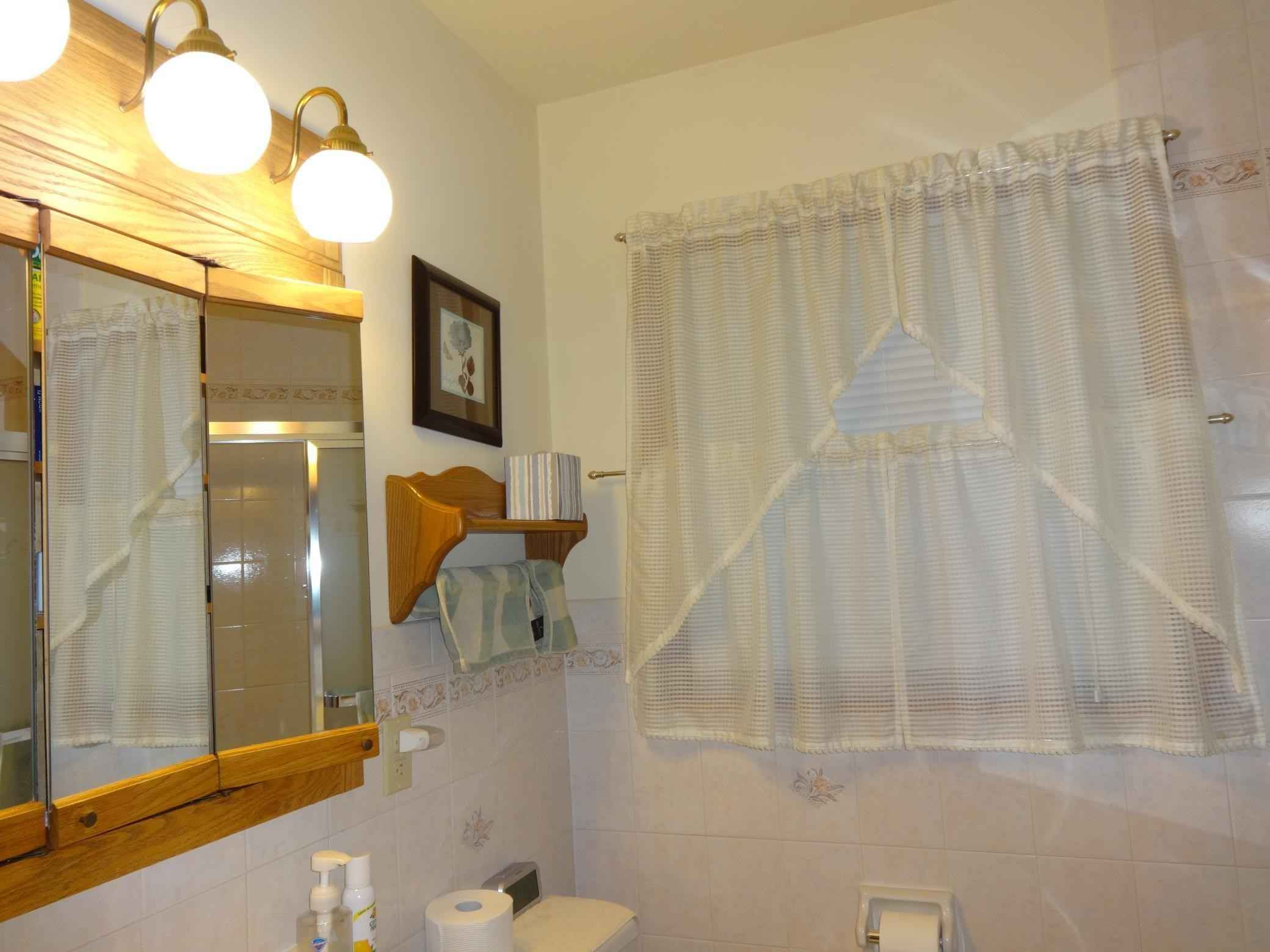 View 25 photos of this 3 bed, 1 bath, and 2,040 sqft. single_family home located at 7137 Halifax Ave N, Brooklyn Center, Minnesota 55429 is Pending for $249,900.