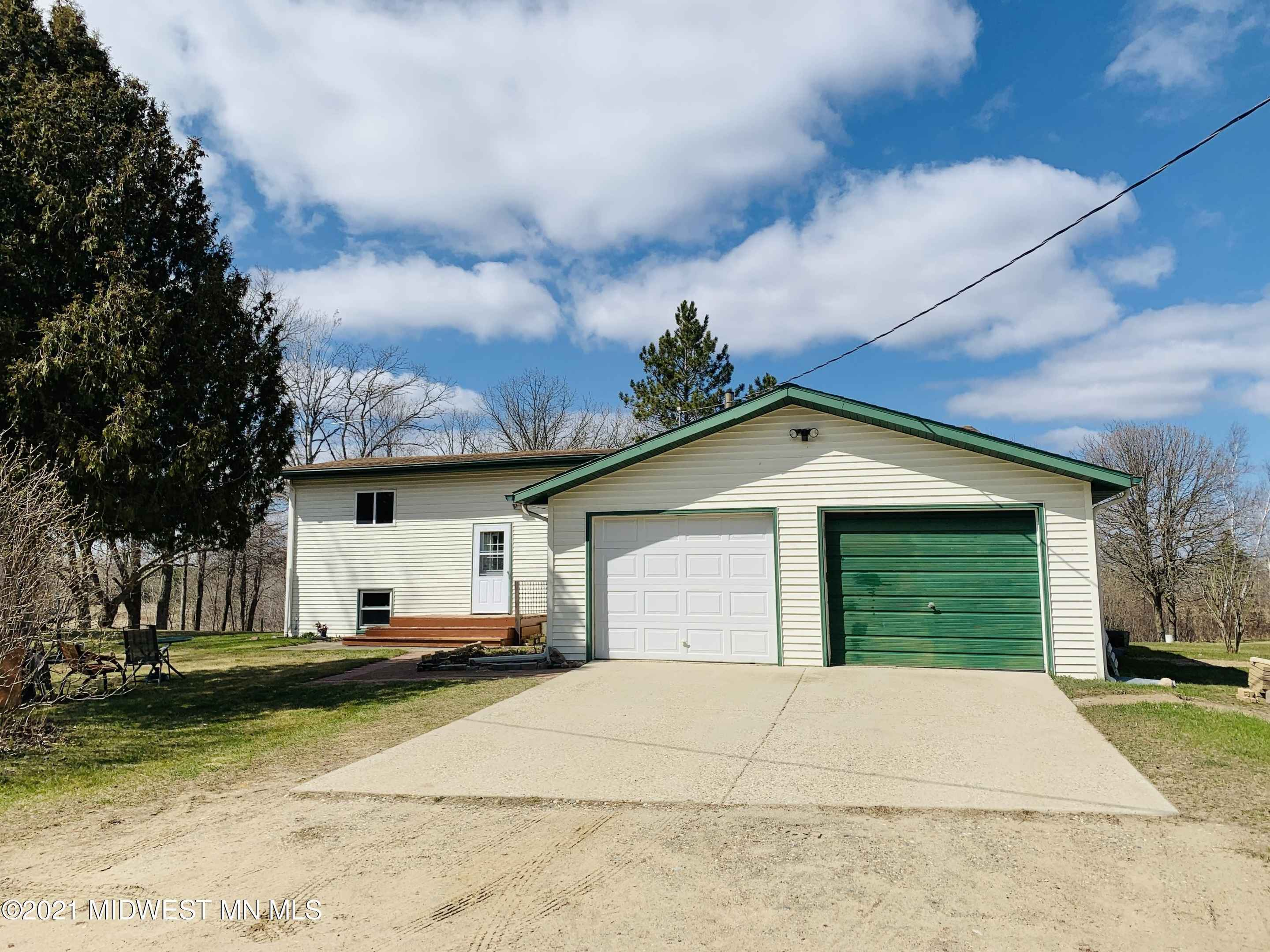 View 39 photos of this 2 bed, 1 bath, and 1,374 sqft. single_family home located at 22671 E Height of Land Dr, Detroit Lakes, Minnesota 56501 is _0 for $163,500.