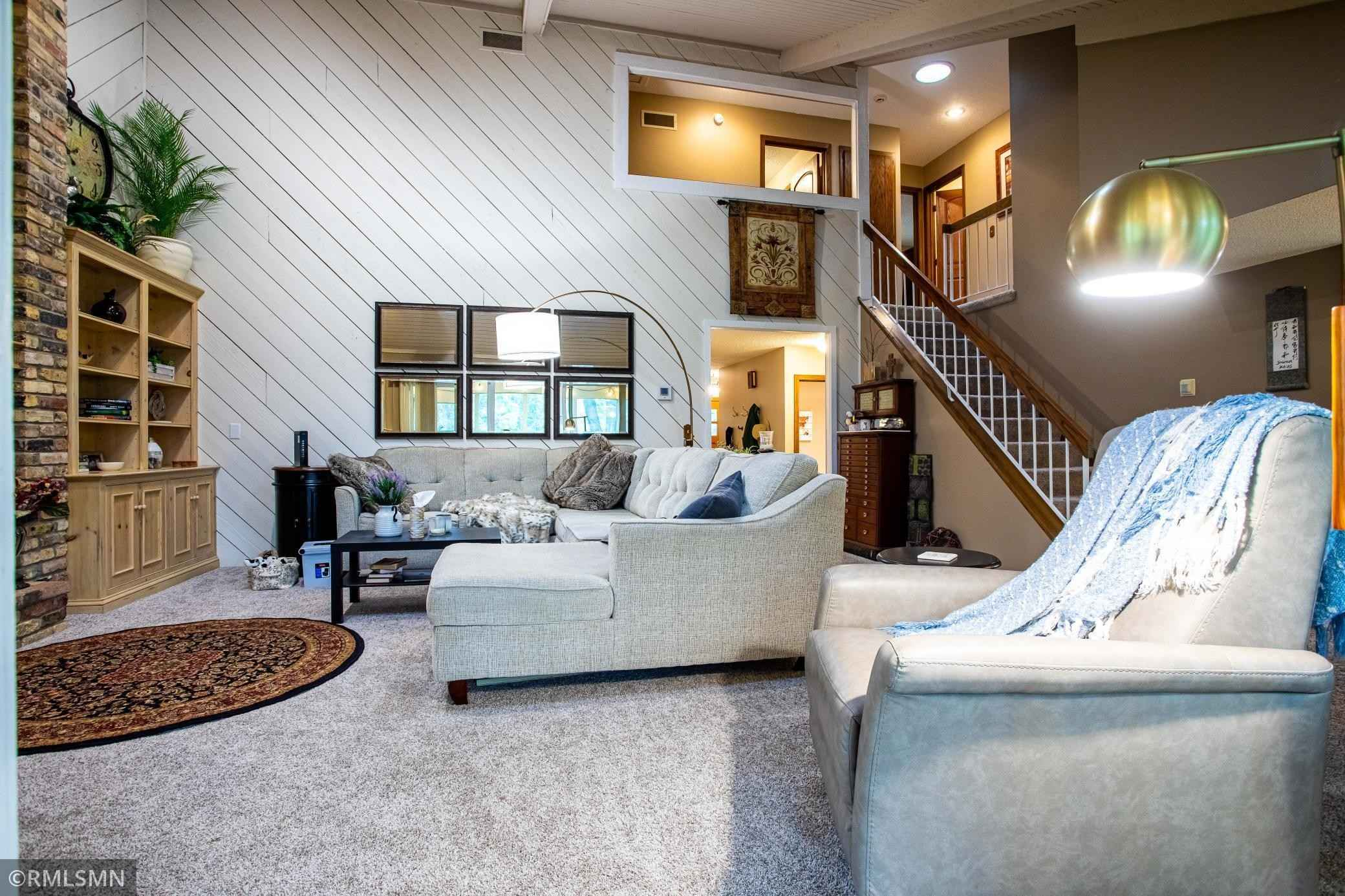 View 59 photos of this 5 bed, 4 bath, and 2,978 sqft. single_family home located at 8629 Wood Cliff Rd, Bloomington, Minnesota 55438 is Active for $574,900.