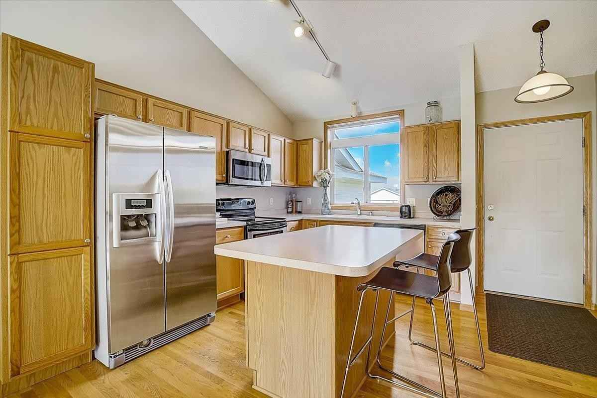 View 38 photos of this 3 bed, 2 bath, and 1,635 sqft. condo home located at 649 35th St W, Hastings, Minnesota 55033 is Active for $250,000.