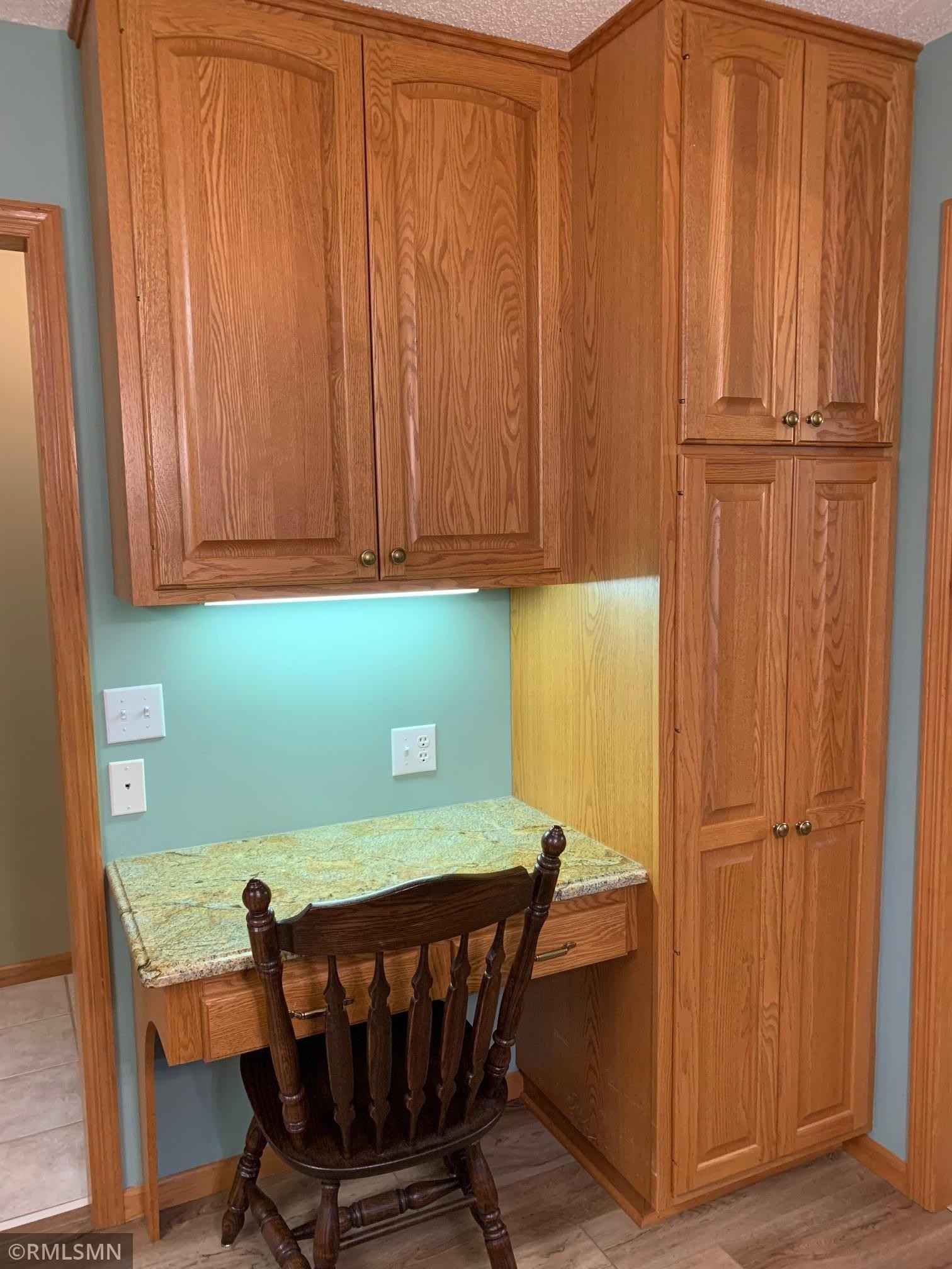 View 17 photos of this 2 bed, 2 bath, and 1,721 sqft. condo home located at 2619 Rosetown Ct, Saint Paul, Minnesota 55113 is Pending for $374,900.