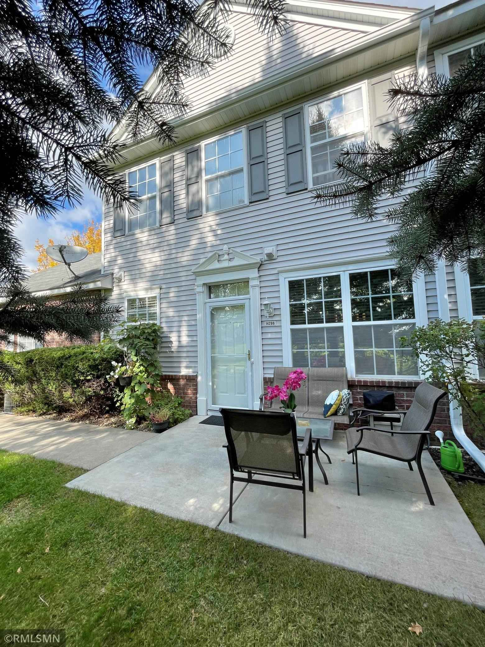 View 20 photos of this 3 bed, 3 bath, and 1,900 sqft. condo home located at 14286 Banyan Ln, Rosemount, Minnesota 55068 is Active for $278,900.