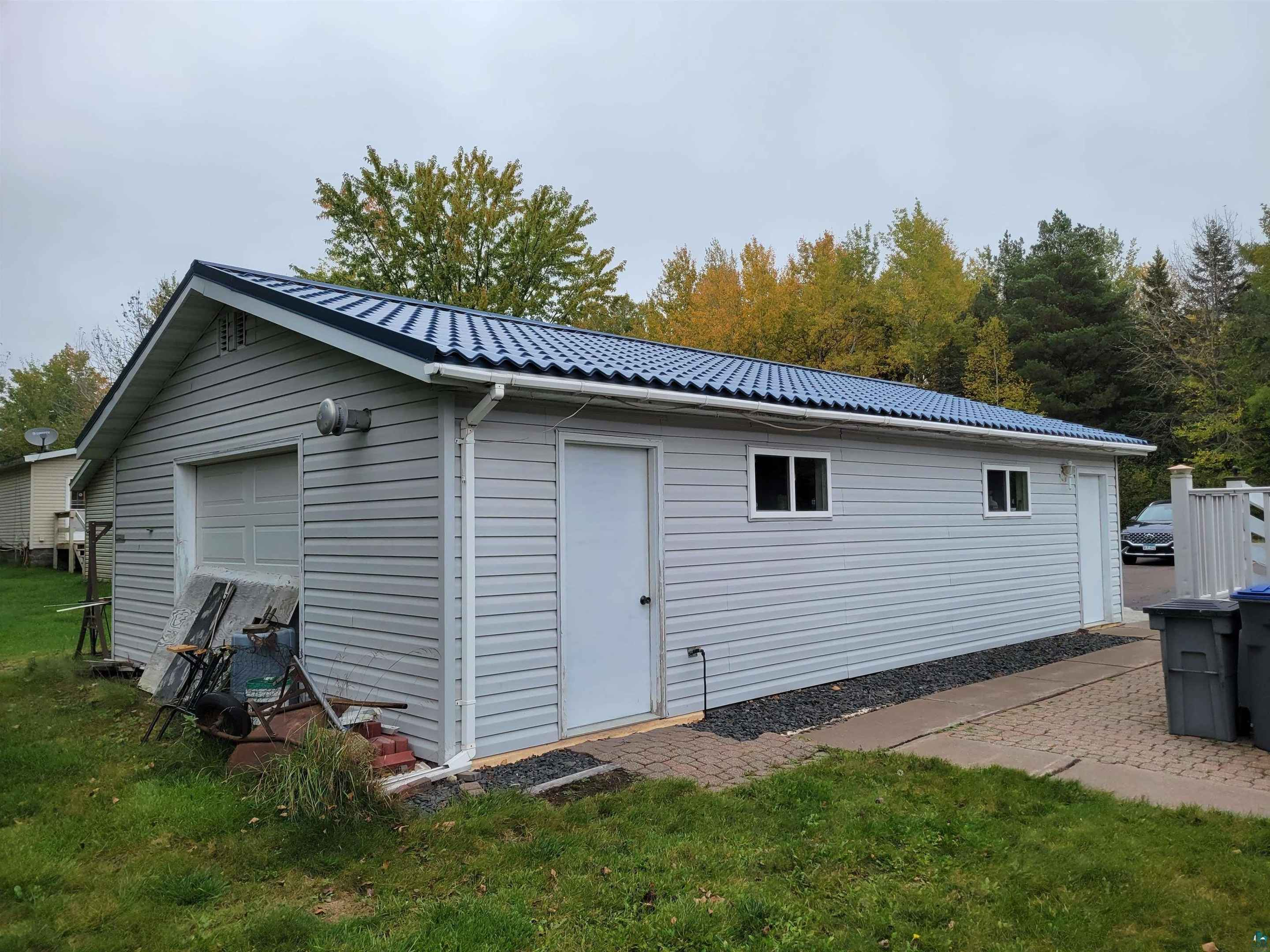 View 20 photos of this 3 bed, 2 bath, and 1,568 sqft. single_family home located at 4303 Dahl Rd, Hermantown, Minnesota 55811 is PENDING for $229,900.