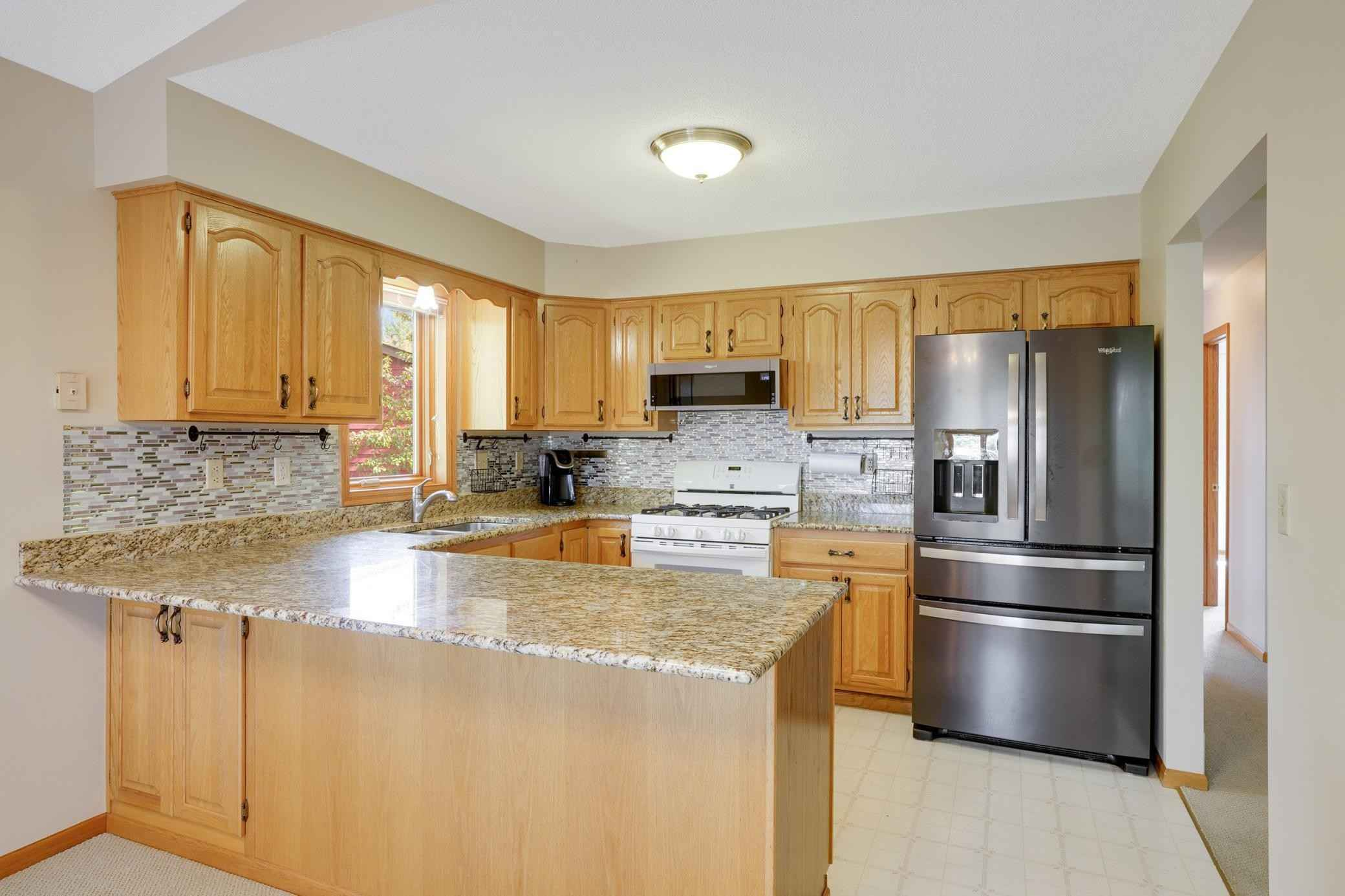 View 22 photos of this 4 bed, 2 bath, and 2,066 sqft. single_family home located at 9300 83rd St S, Cottage Grove, Minnesota 55016 is Active for $359,900.