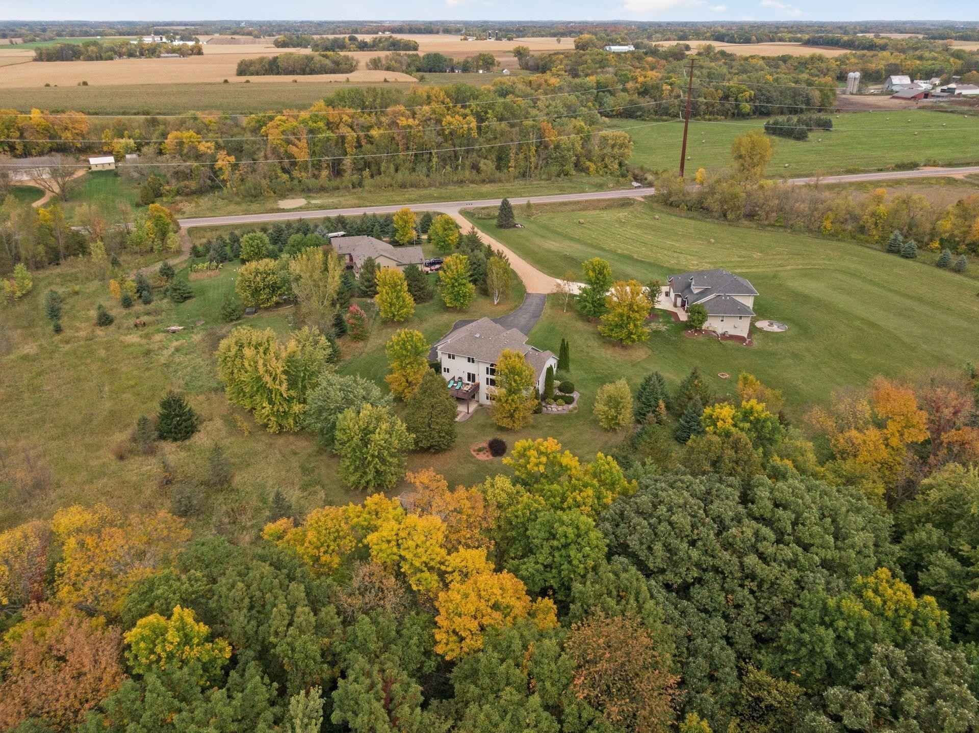 View 67 photos of this 5 bed, 4 bath, and 3,664 sqft. single_family home located at 2375 W 260th St, New Prague, Minnesota 56071 is Active for $697,000.