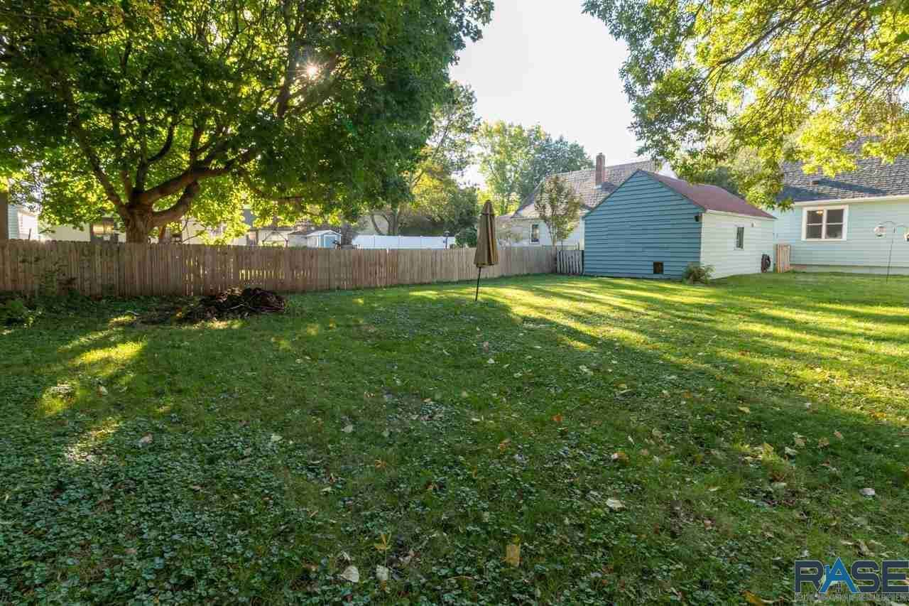 View 22 photos of this 2 bed, 1 bath, and 932 sqft. single_family home located at 712 W Warren St, Luverne, Minnesota 56156 is _0 for $92,000.