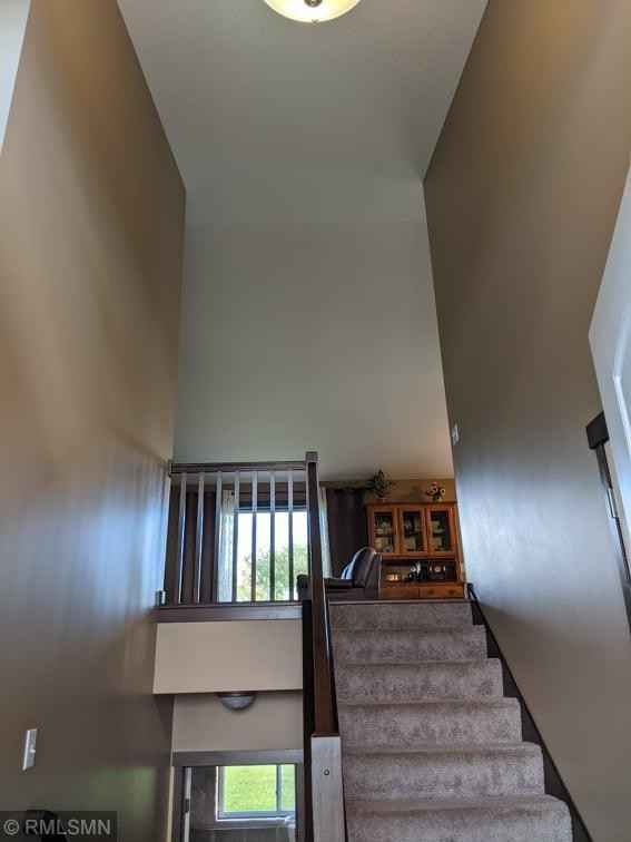 View 61 photos of this 3 bed, 2 bath, and 1,285 sqft. single_family home located at 110 9th Ave NE, Isanti, Minnesota 55040 is Active for $309,900.