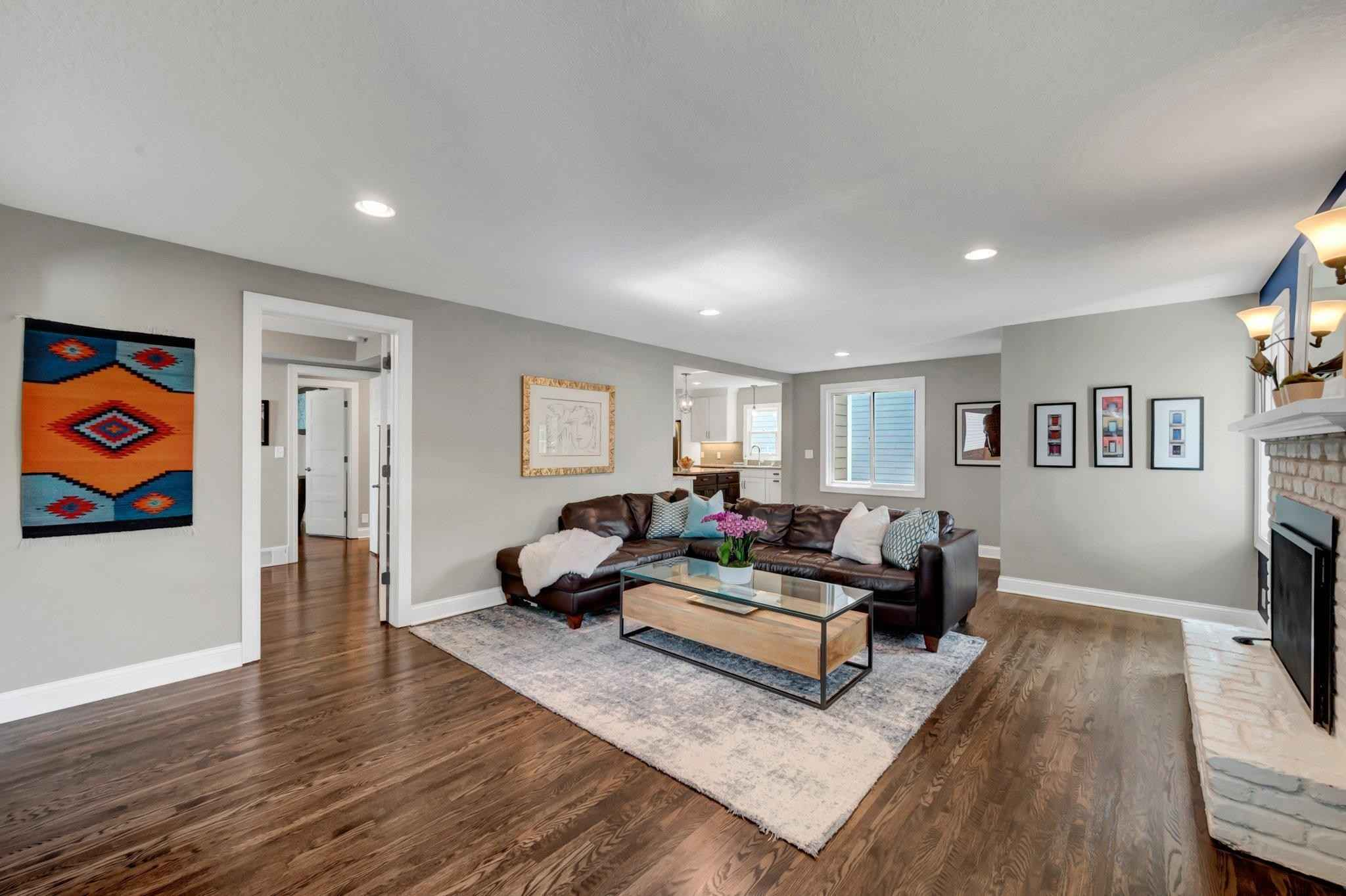 View 43 photos of this 5 bed, 4 bath, and 3,083 sqft. single_family home located at 5924 Wooddale Ave, Edina, Minnesota 55424 is Active for $785,900.