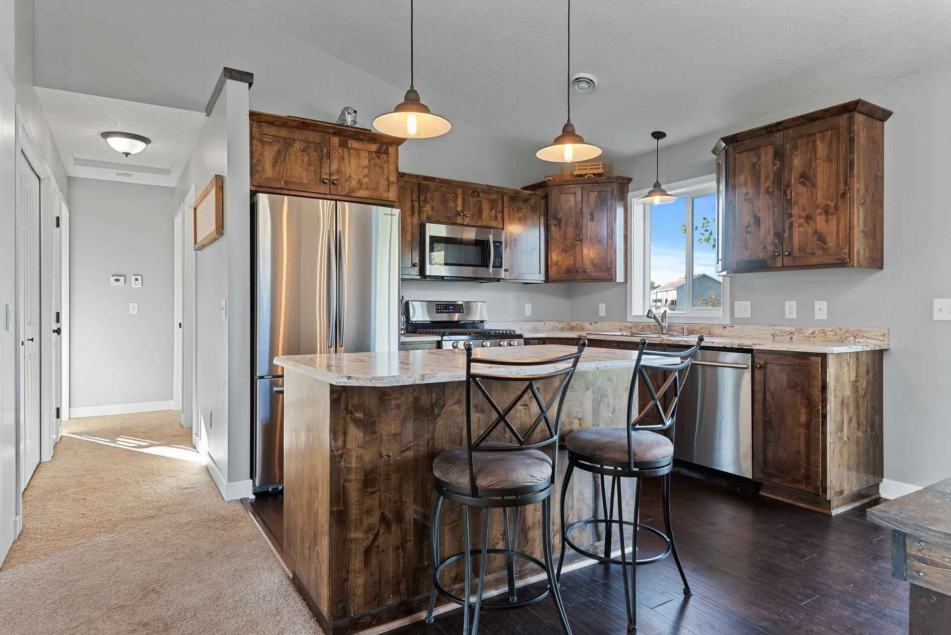 View 25 photos of this 2 bed, 1 bath, and 997 sqft. condo home located at 771 Park Brook Road Rd NW, Isanti, Minnesota 55040 is Active for $234,900.