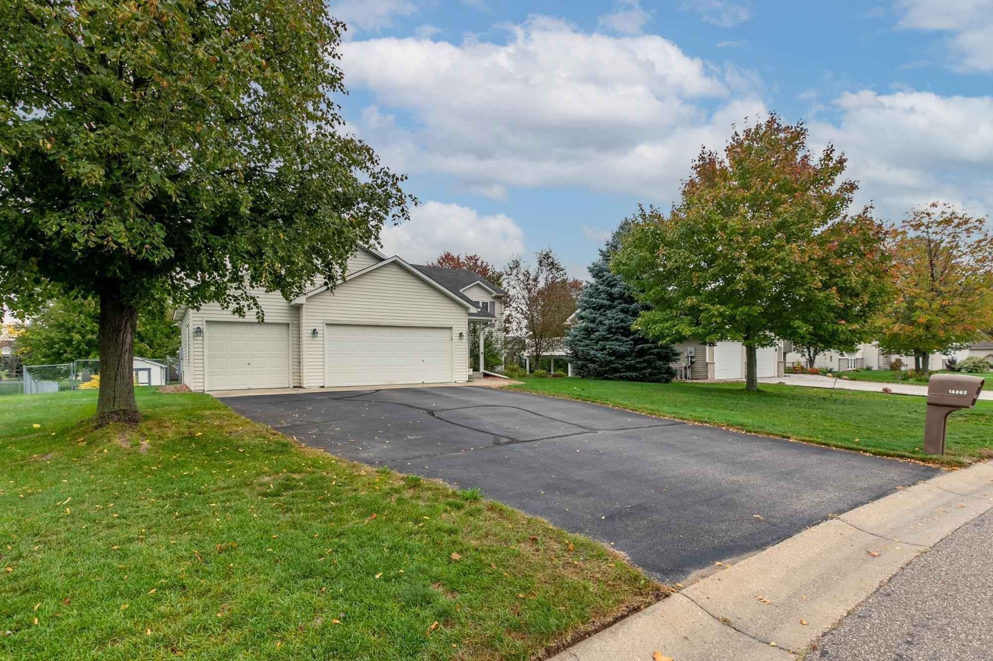 View 38 photos of this 4 bed, 2 bath, and 1,791 sqft. single_family home located at 14065 Belmont Trl, Rosemount, Minnesota 55068 is Active for $369,900.