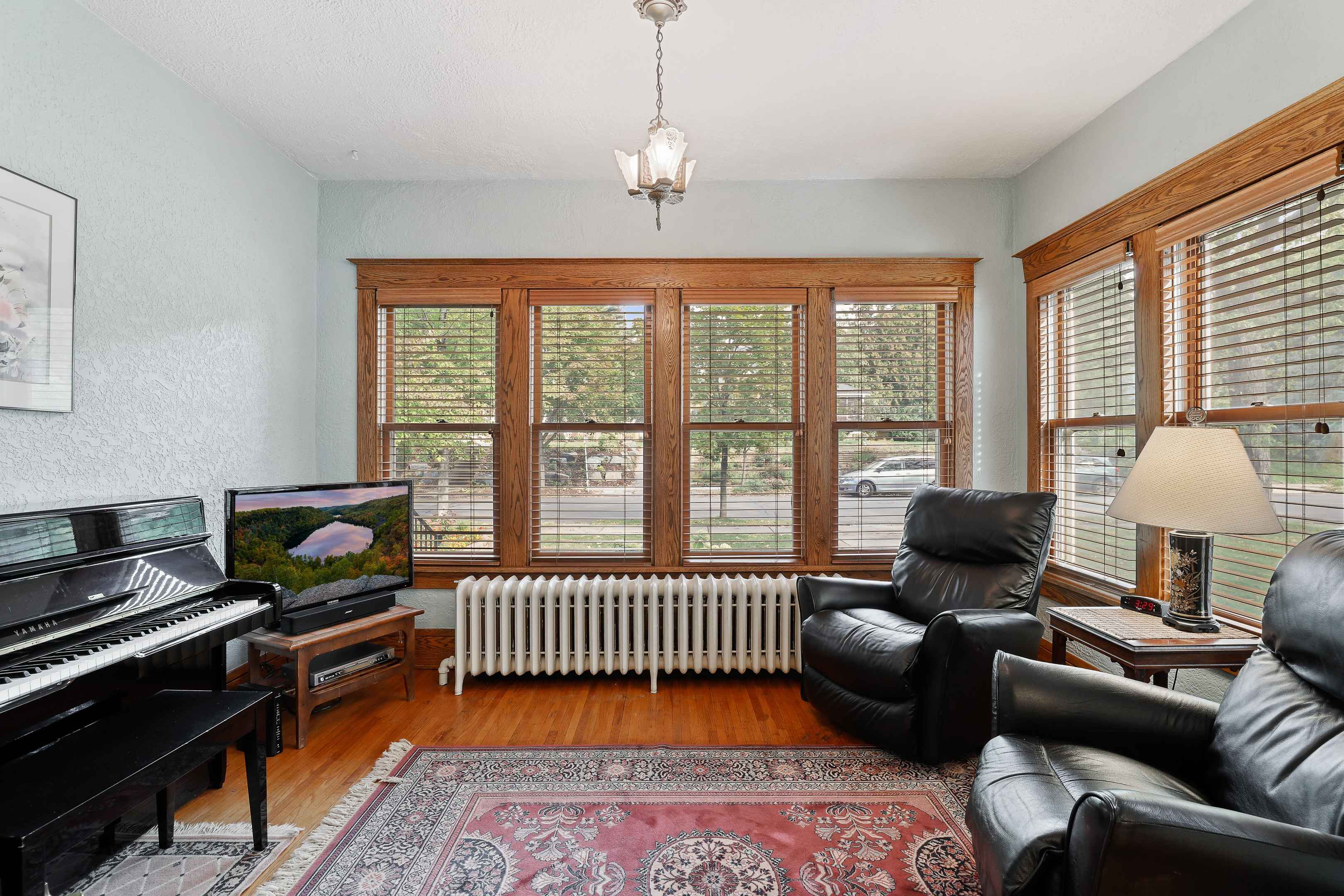 View 38 photos of this 4 bed, 3 bath, and 2,273 sqft. single_family home located at 4104 Sheridan Ave S, Minneapolis, Minnesota 55410 is Pending for $749,900.