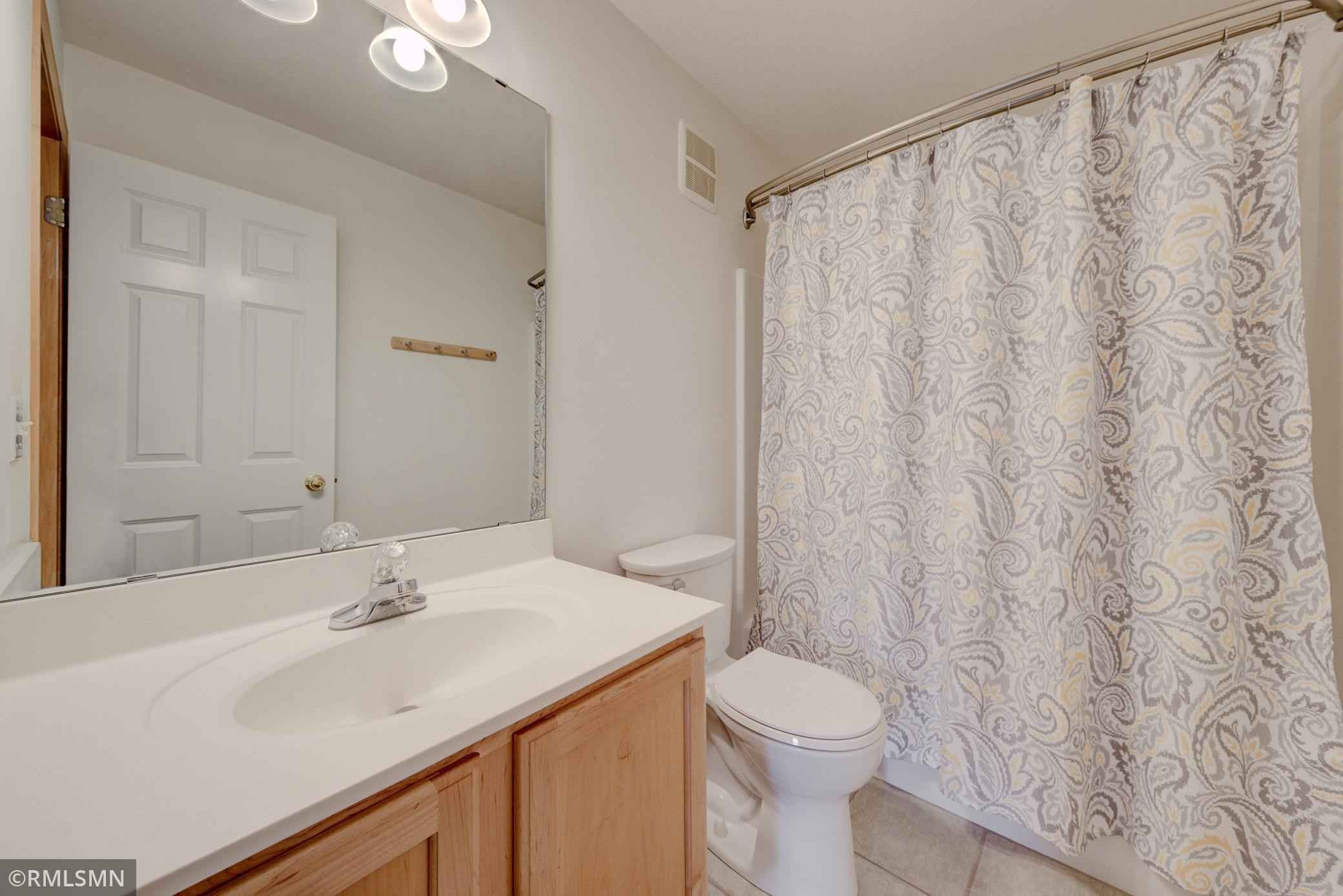 View 21 photos of this 3 bed, 3 bath, and 2,196 sqft. condo home located at 975 Fairfield Ct, Minnetonka, Minnesota 55305 is Active for $409,800.