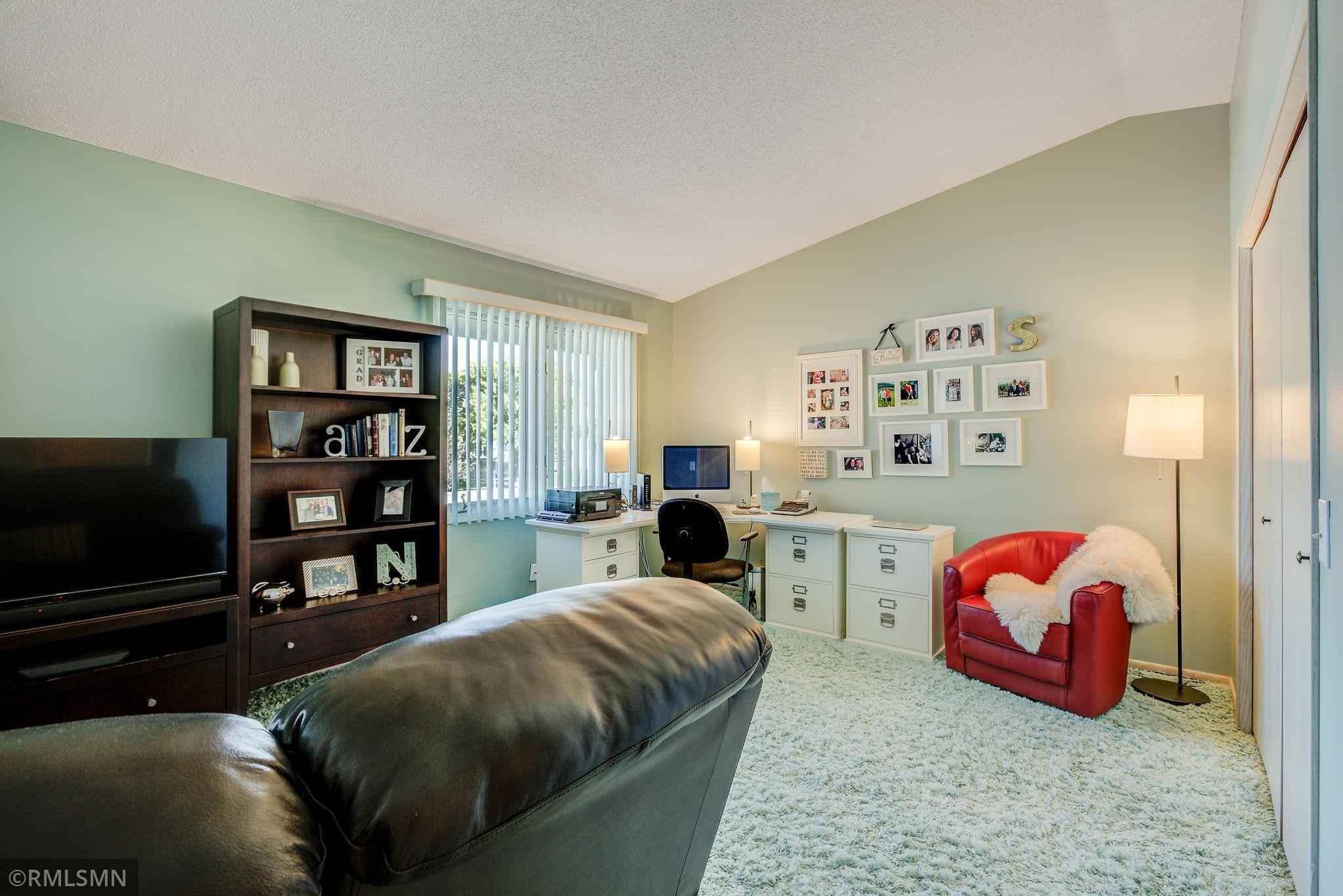 View 33 photos of this 2 bed, 3 bath, and 2,504 sqft. condo home located at 134 Canabury Ct, Saint Paul, Minnesota 55117 is Active for $239,900.