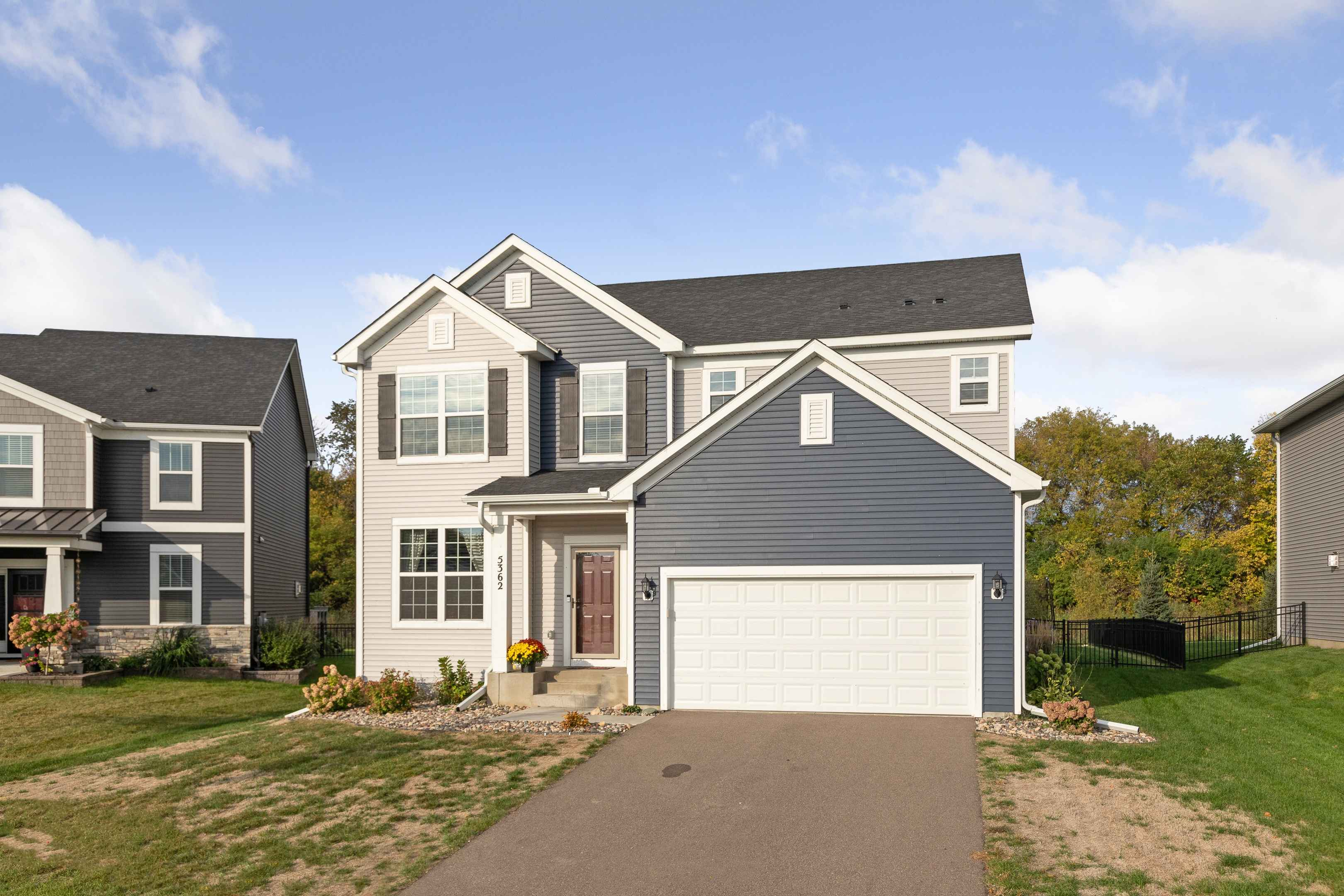 View 40 photos of this 3 bed, 3 bath, and 2,618 sqft. single_family home located at 5362 Sundial Ln, Woodbury, Minnesota 55129 is Active for $500,000.