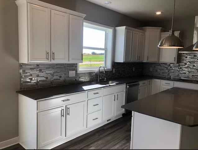 View 17 photos of this 4 bed, 4 bath, and 3,328 sqft. single_family home located at 8318 Yearling Dr, Woodbury, Minnesota 55129 is Active for $672,810.