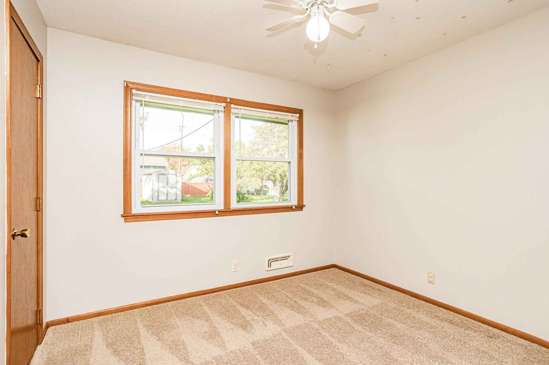 View 32 photos of this 3 bed, 1 bath, and 1,270 sqft. single_family home located at 3037 116th Ln NW, Coon Rapids, Minnesota 55433 is Active for $249,900.