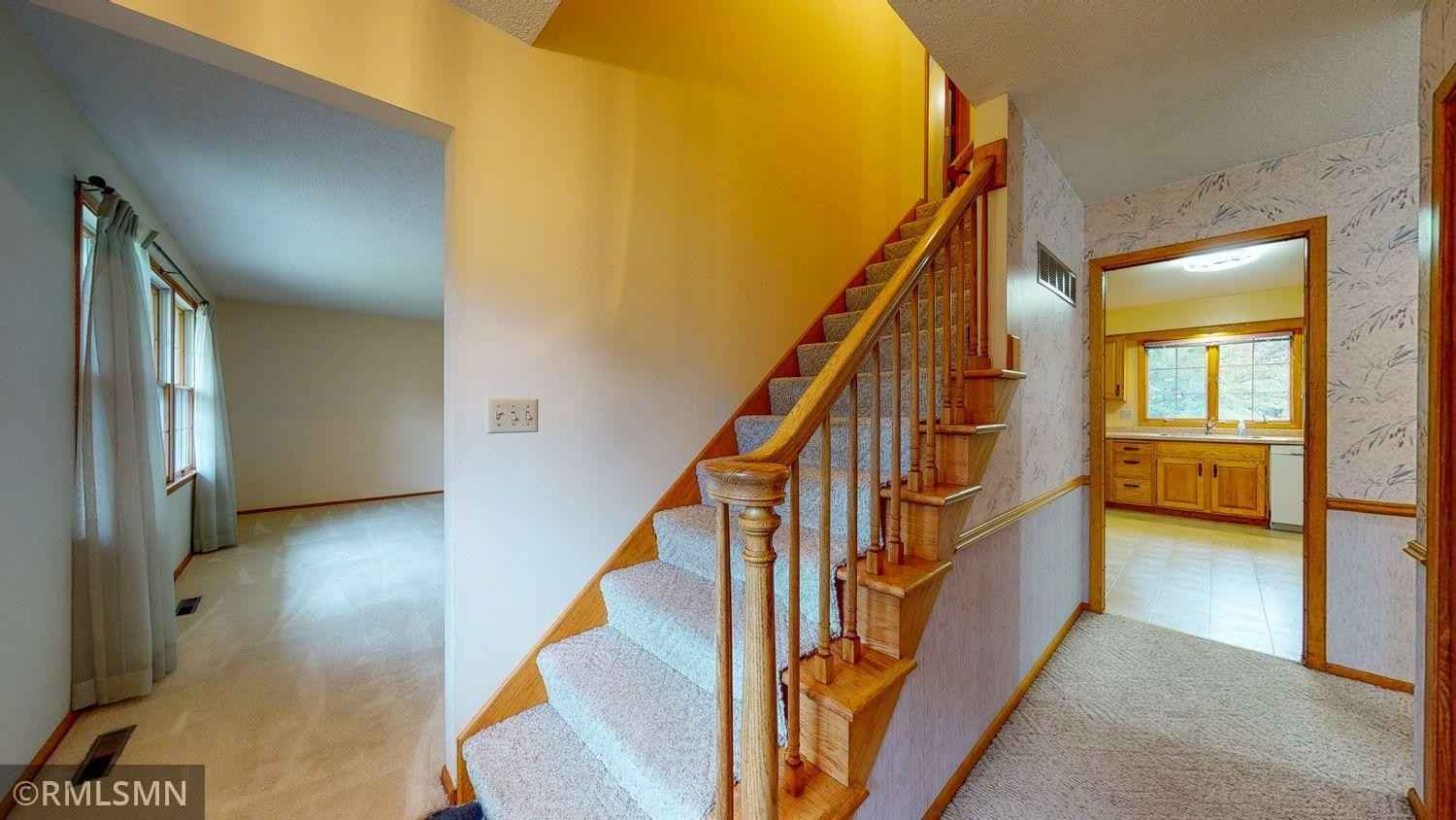 View 48 photos of this 5 bed, 3 bath, and 3,254 sqft. single_family home located at 6423 16th Ave NW, Rochester, Minnesota 55901 is Pending for $425,000.