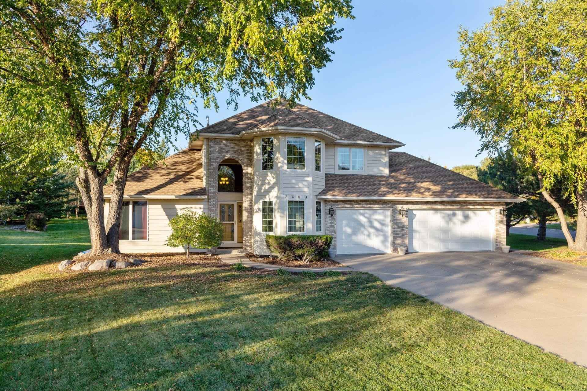 View 47 photos of this 5 bed, 4 bath, and 3,674 sqft. single_family home located at 2689 Windsor Ln, Woodbury, Minnesota 55125 is Active for $499,999.