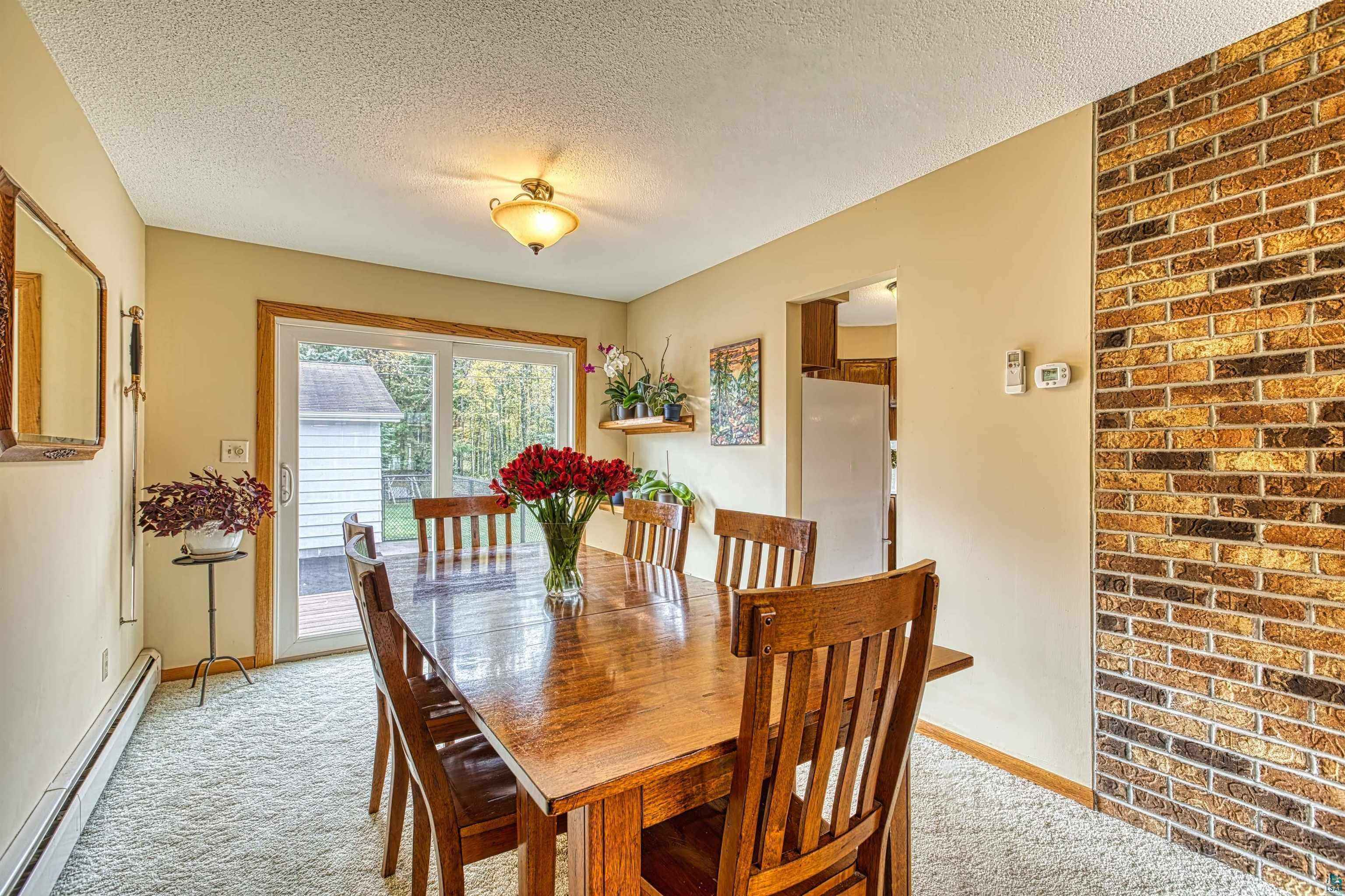 View 33 photos of this 3 bed, 2 bath, and 1,950 sqft. single_family home located at 312 W Rainbow St, Duluth, Minnesota 55811 is PENDING for $319,000.