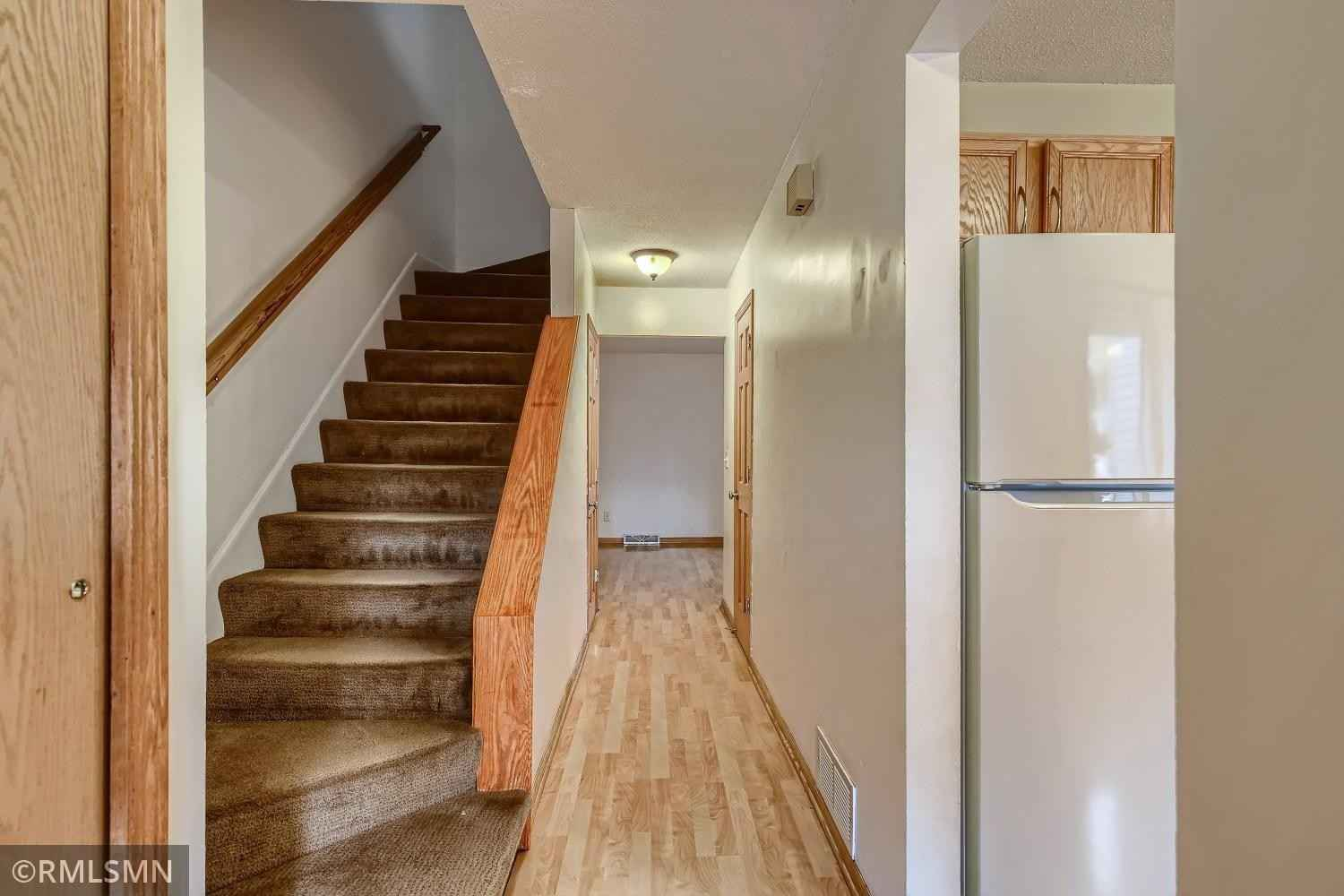 View 28 photos of this 3 bed, 2 bath, and 1,320 sqft. condo home located at 2351 Mailand Ct E, Saint Paul, Minnesota 55119 is Active for $184,500.