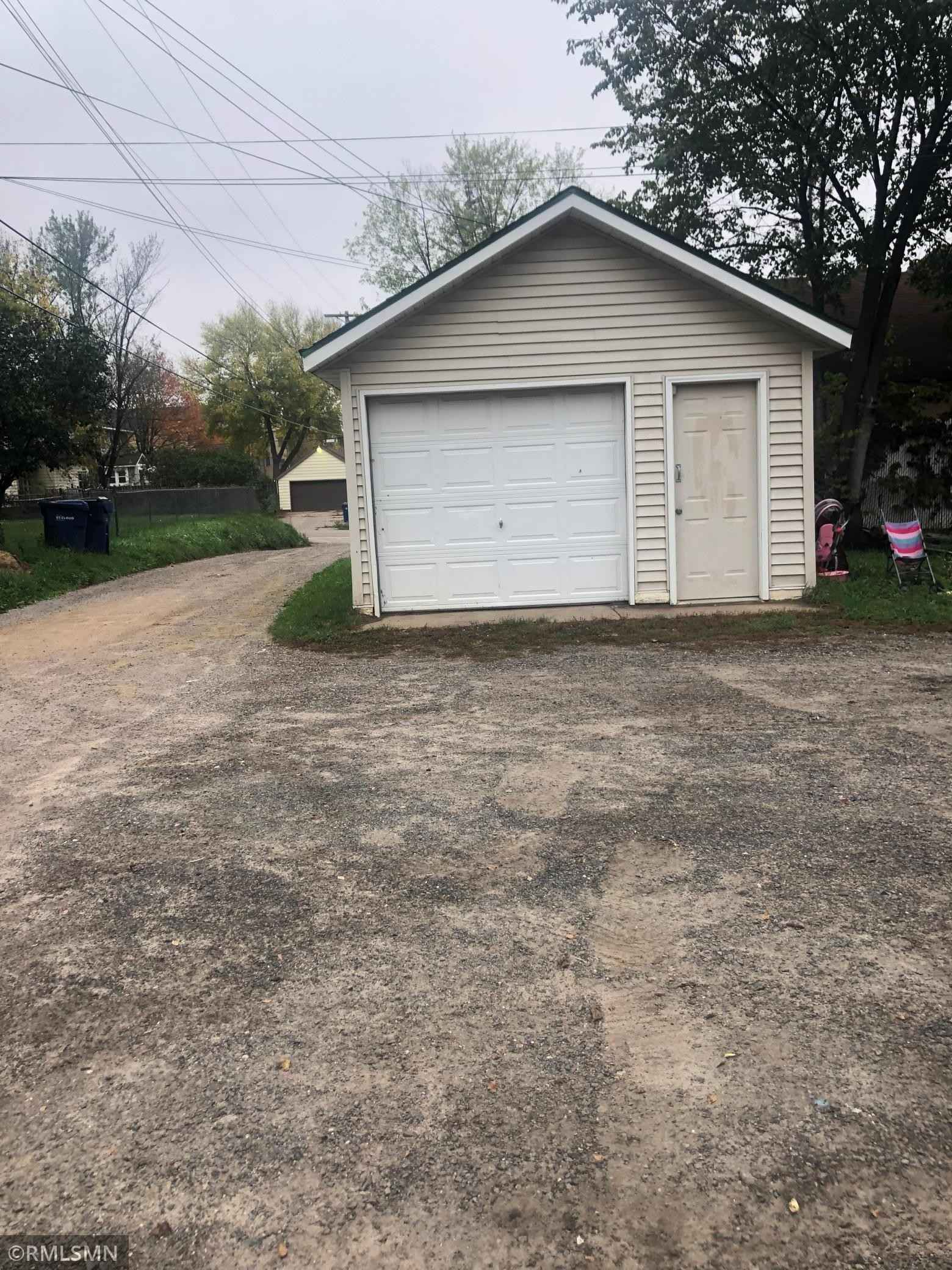 View 7 photos of this 4 bed, 2 bath, and 1,677 sqft. multi_family home located at 1611 7th Ave S, Saint Cloud, Minnesota 56301 is Active for $199,000.