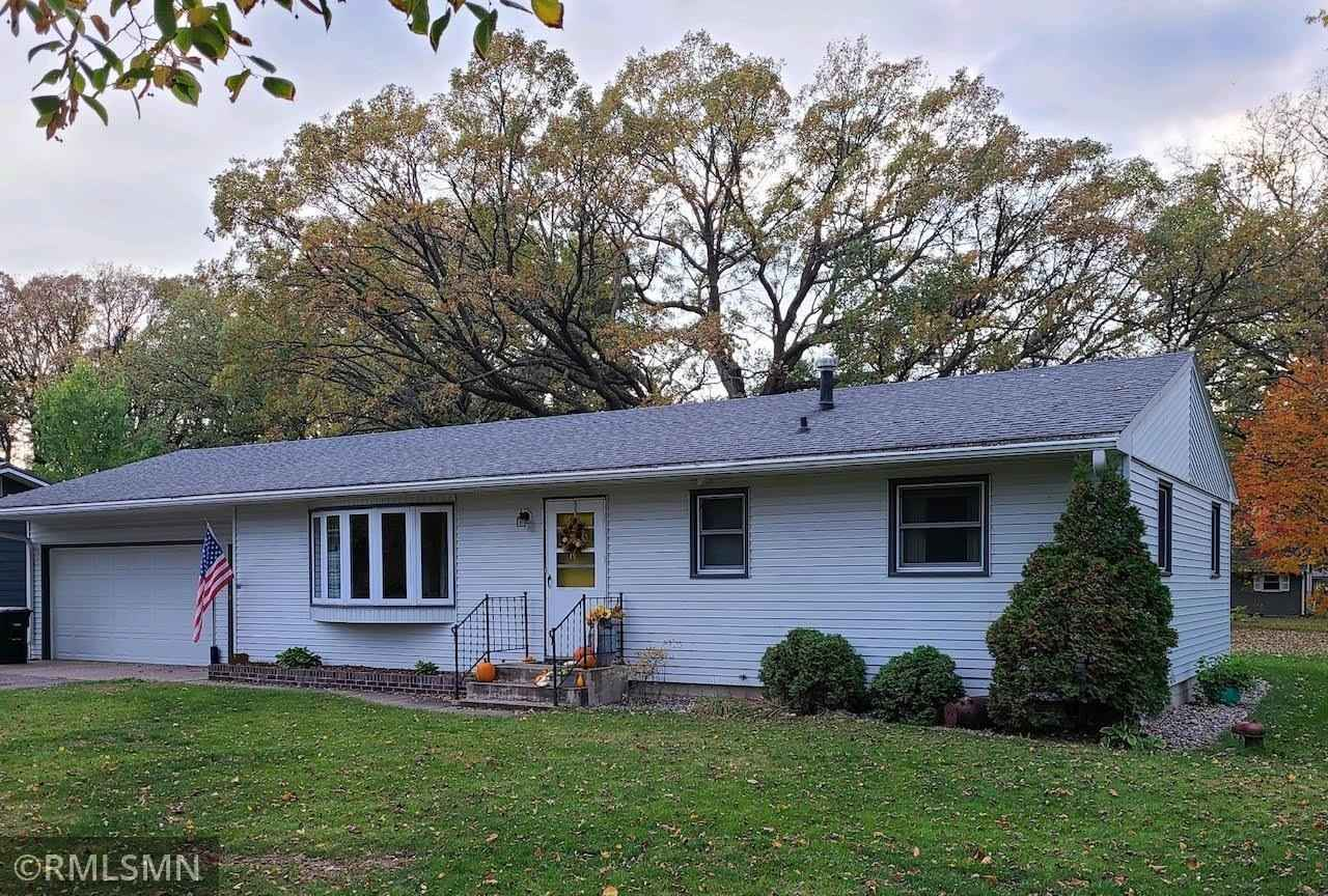 View 13 photos of this 4 bed, 2 bath, and 1,927 sqft. single_family home located at 16941 Grove St, Little Falls, Minnesota 56345 is Active for $209,900.