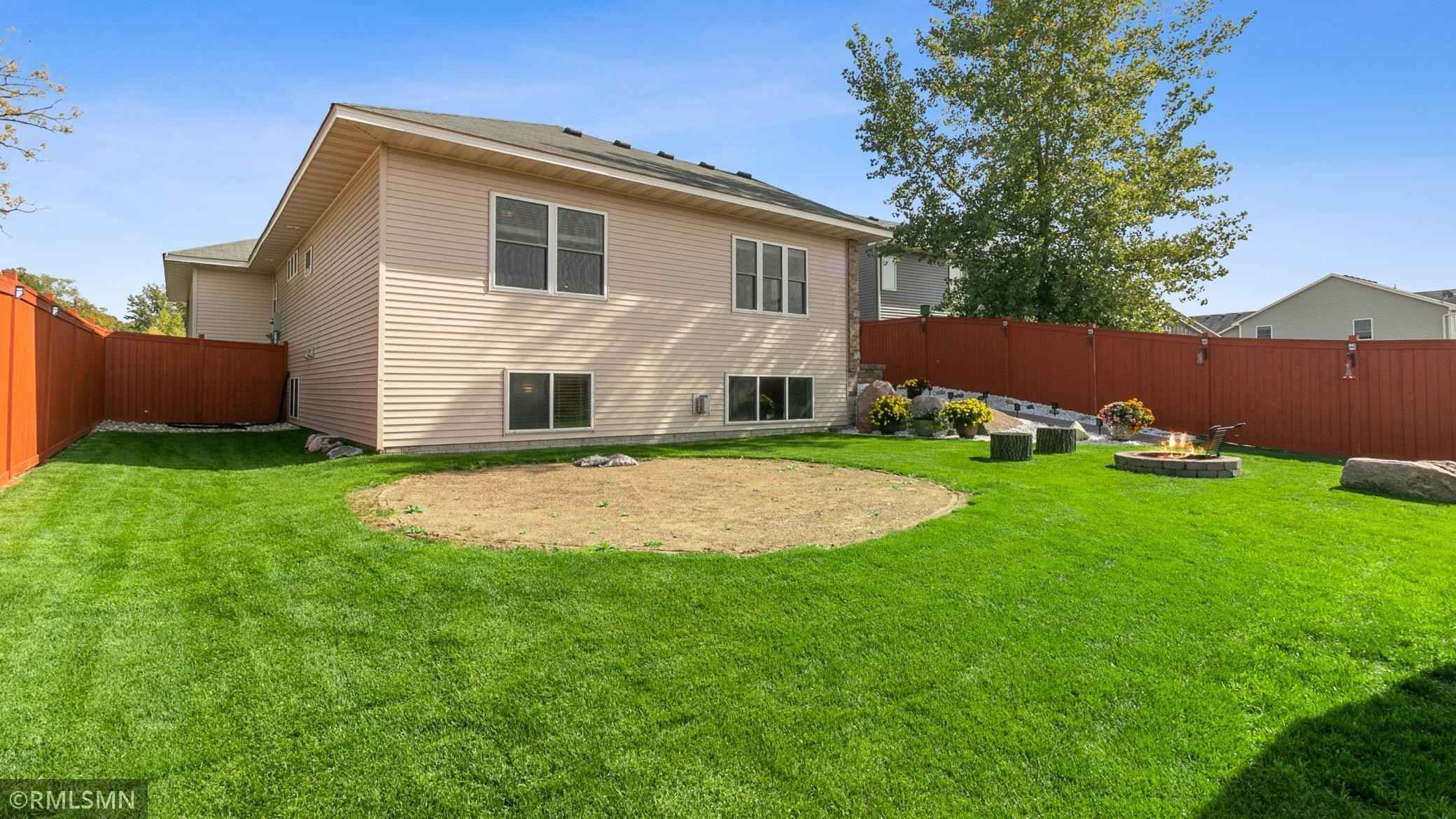 View 21 photos of this 3 bed, 3 bath, and 2,416 sqft. single_family home located at 11550 37th Ave SE, Becker, Minnesota 55308 is Active for $399,000.