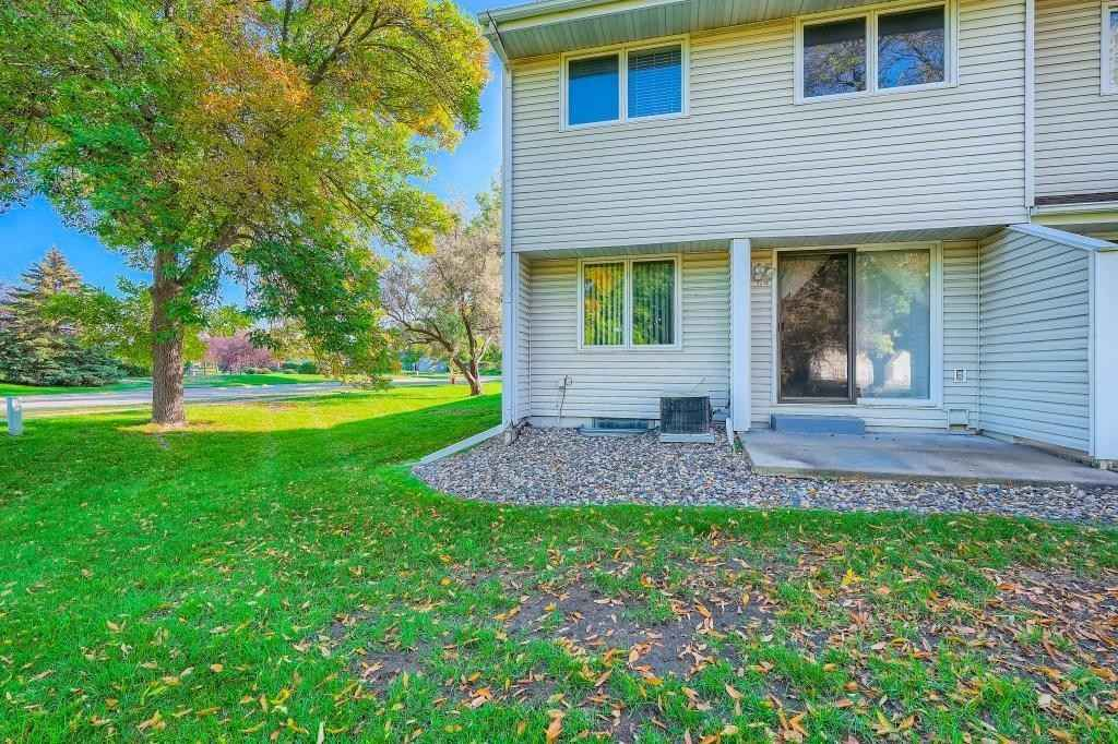 View 27 photos of this 3 bed, 2 bath, and 1,890 sqft. condo home located at 2910 68th Ln N, Brooklyn Center, Minnesota 55430 is Active for $225,000.