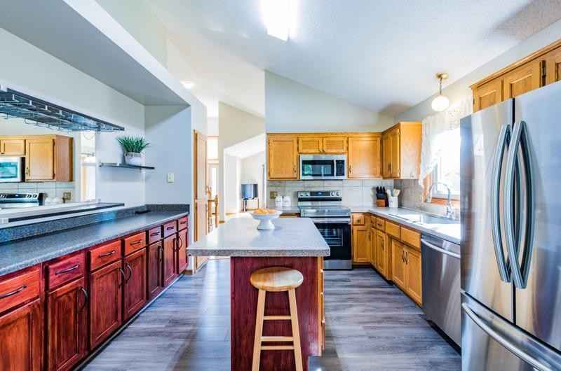 View 19 photos of this 4 bed, 3 bath, and 2,001 sqft. single_family home located at 11948 Kenyon St NE, Blaine, Minnesota 55449 is Pending for $375,000.