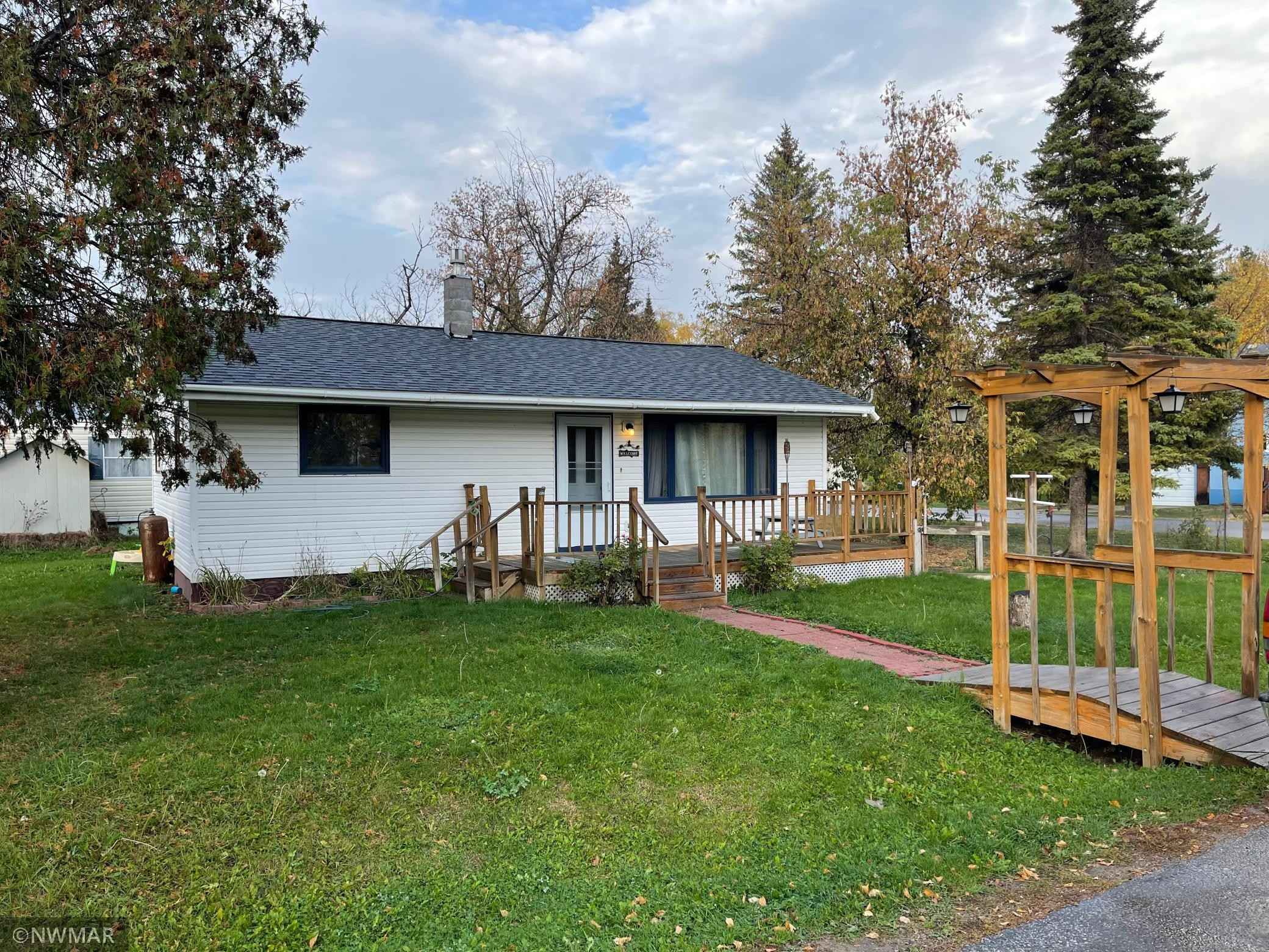 View 11 photos of this 2 bed, 1 bath, and 816 sqft. single_family home located at 405 Zippel Ave, Williams, Minnesota 56686 is Pending for $84,900.