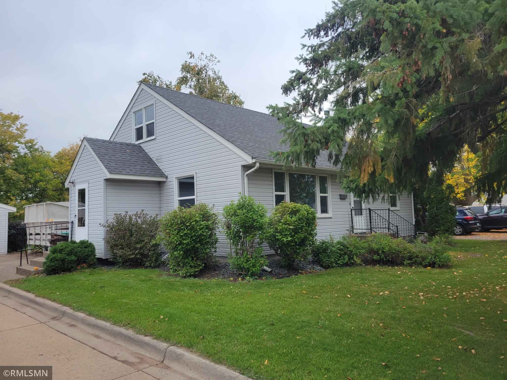 View 22 photos of this 4 bed, 3 bath, and 2,226 sqft. single_family home located at 100 4th Ave SE, Osseo, Minnesota 55369 is Active for $299,000.