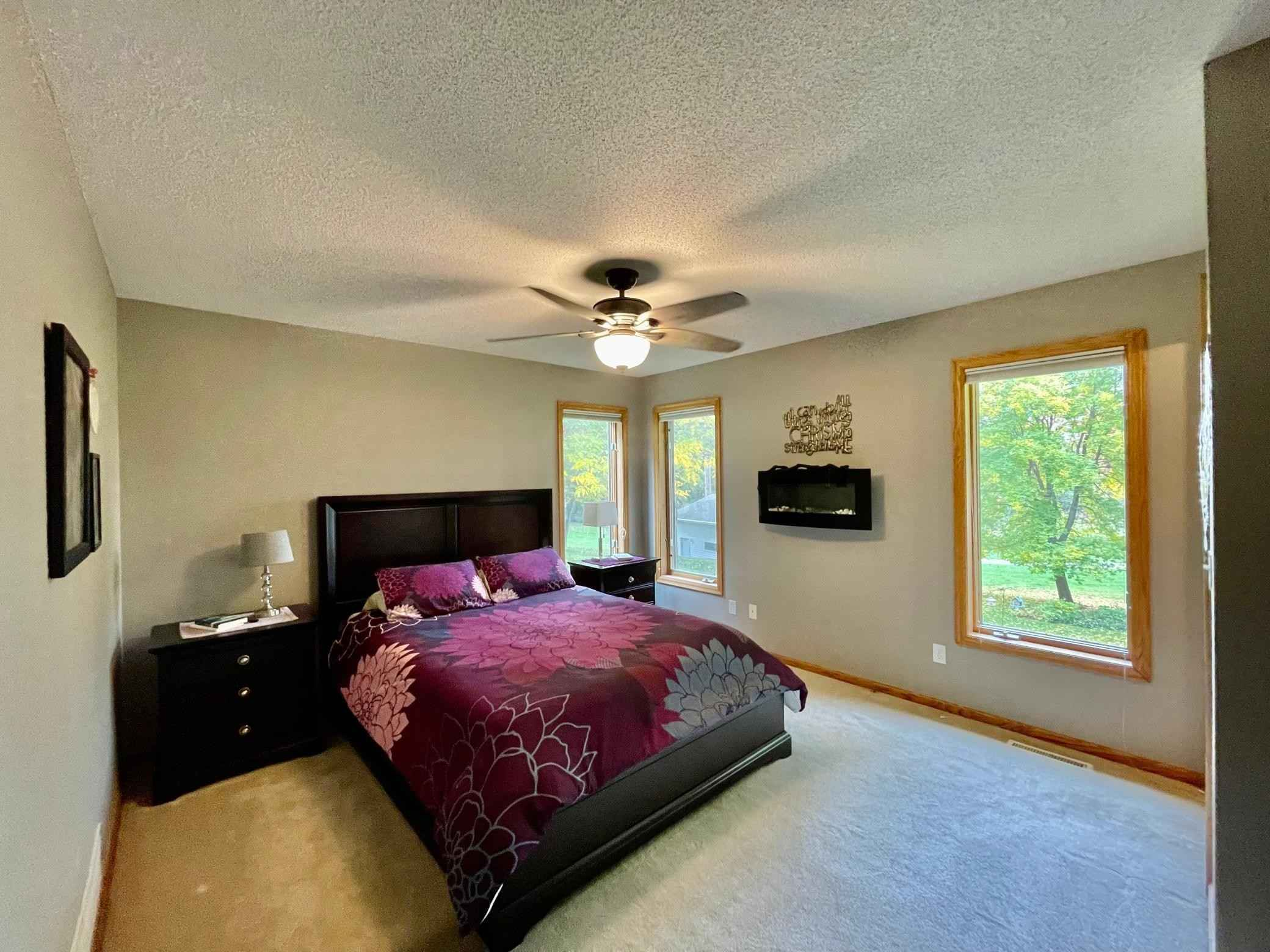 View 27 photos of this 4 bed, 3 bath, and 2,207 sqft. single_family home located at 19500 Auburn St NW, Elk River, Minnesota 55330 is Pending for $359,900.