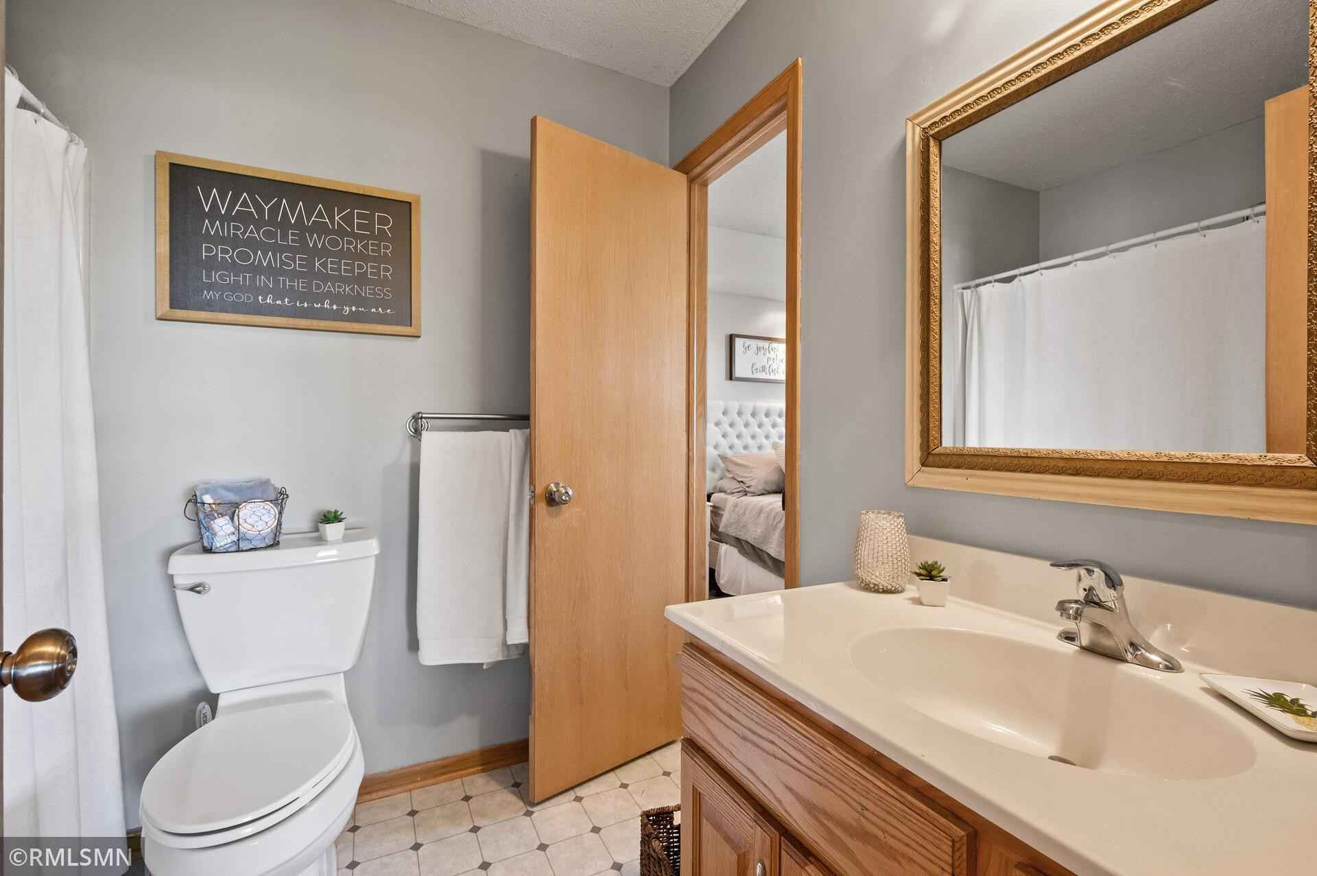View 38 photos of this 4 bed, 2 bath, and 1,903 sqft. single_family home located at 5635 Loon Dr, Big Lake, Minnesota 55309 is Active for $285,000.