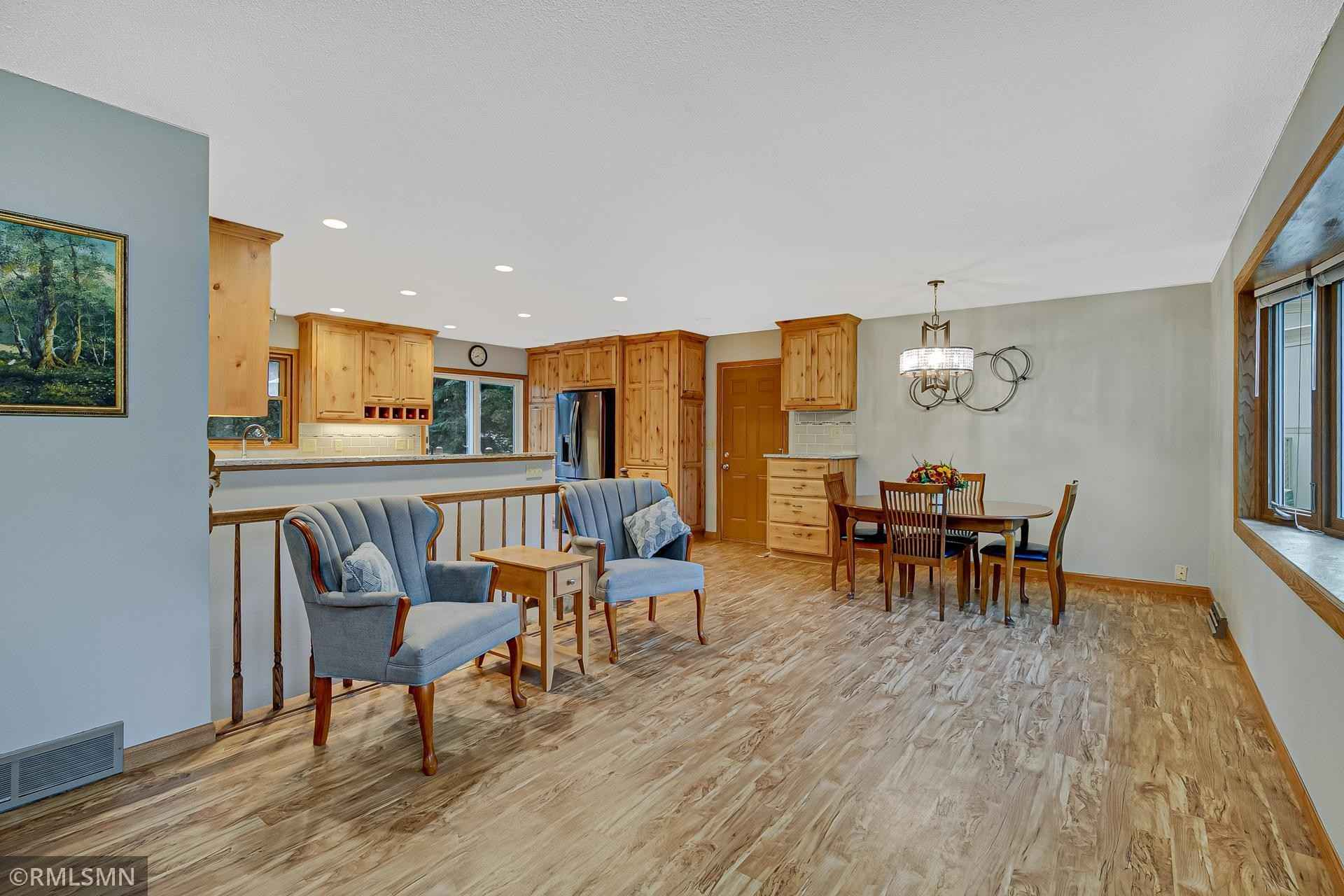 View 34 photos of this 4 bed, 2 bath, and 1,904 sqft. single_family home located at 14474 Upper Guthrie Ct, Saint Paul, Minnesota 55124 is Active for $364,900.