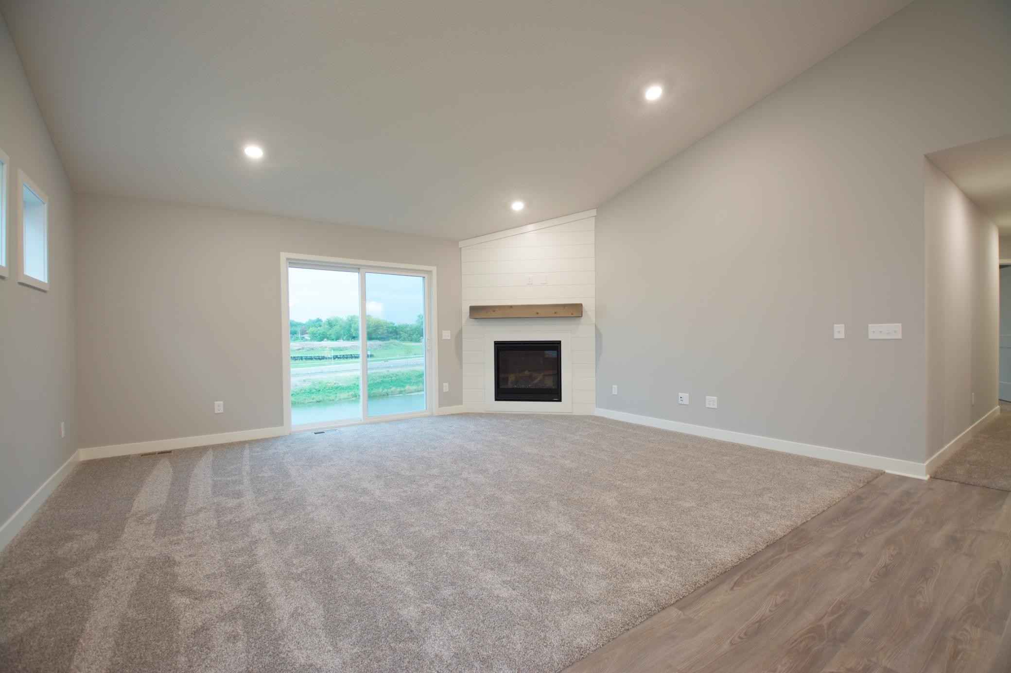 View 8 photos of this 3 bed, 3 bath, and 2,887 sqft. single_family home located at 6605 91st Alcove S, Cottage Grove, Minnesota 55016 is Active for $514,085.