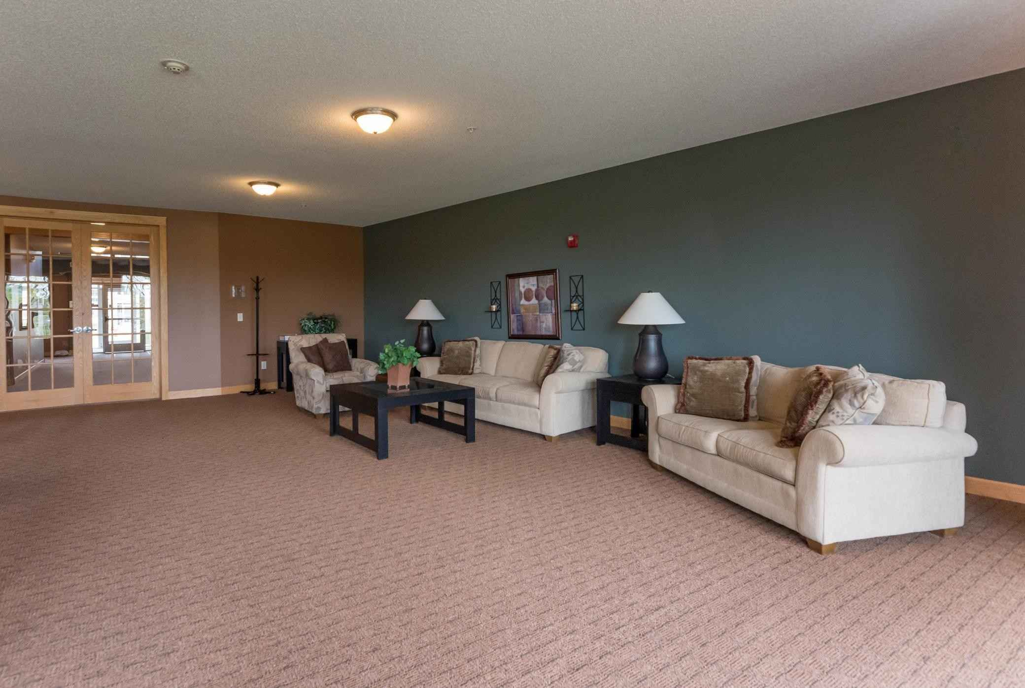 View 40 photos of this 2 bed, 2 bath, and 1,050 sqft. condo home located at 1590 Parkwood Dr Apt 306, Woodbury, Minnesota 55125 is Active for $189,900.