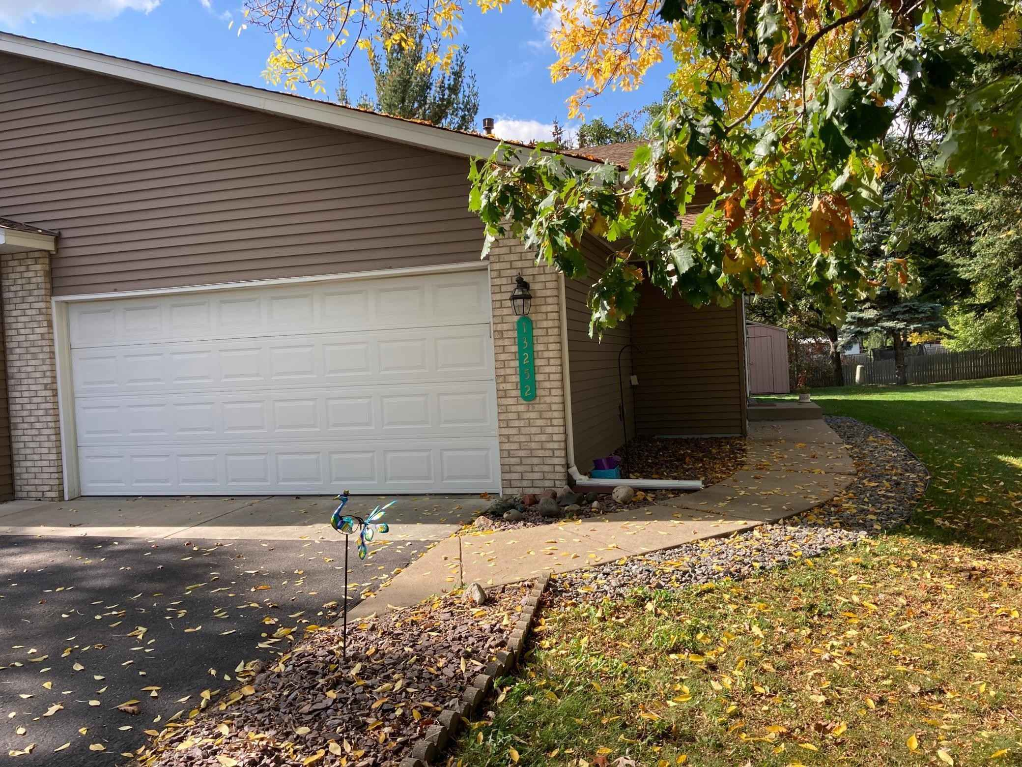 View 2 photos of this 3 bed, 2 bath, and 1,815 sqft. condo home located at 13252 Central Ave NE, Blaine, Minnesota 55434 is Pending for $259,000.