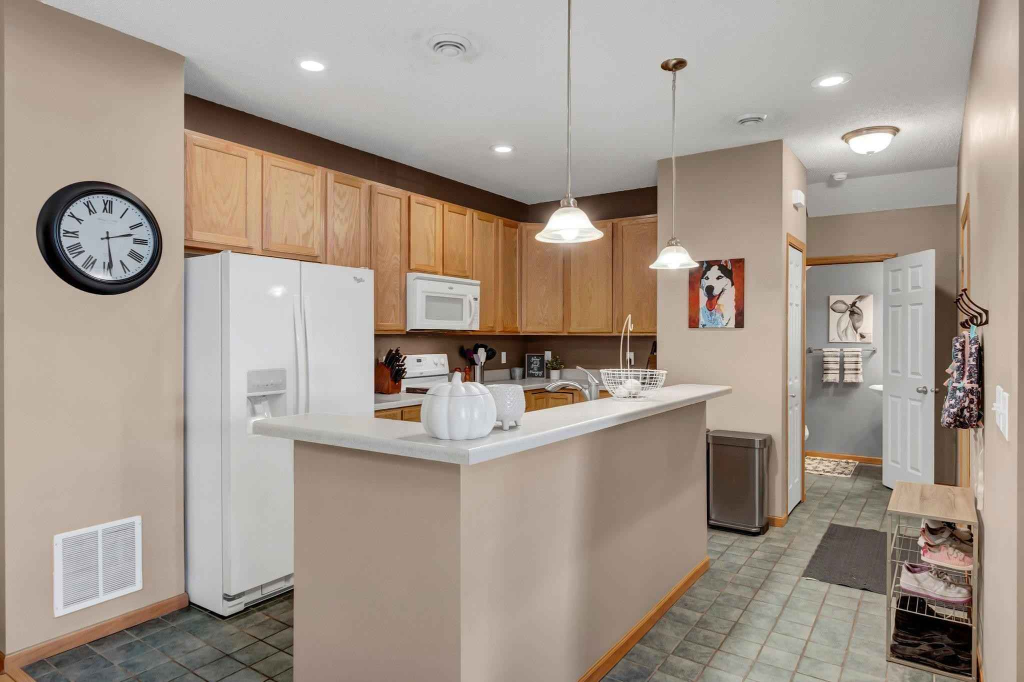 View 24 photos of this 2 bed, 2 bath, and 1,443 sqft. condo home located at 1958 Rose Way Unit 404, Hastings, Minnesota 55033 is Active for $205,000.