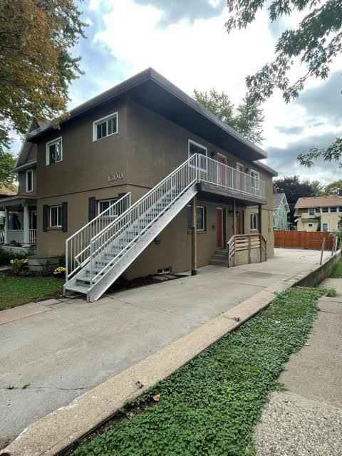 View 13 photos of this 4 bed, 4 bath, and 2,540 sqft. multi_family home located at 1300 Selby Ave, Saint Paul, Minnesota 55104 is Active for $619,000.