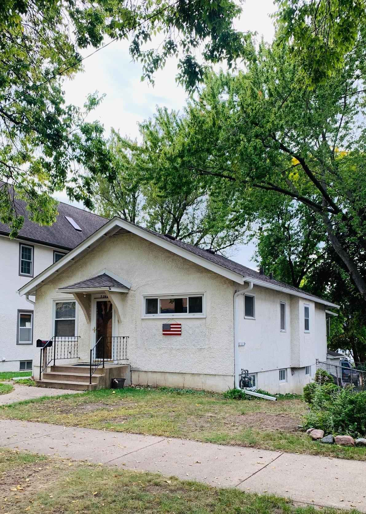 View 1 photos of this 3 bed, 1 bath, and 1,152 sqft. single_family home located at 5040 Zenith Ave S, Minneapolis, Minnesota 55410 is _0 for $.
