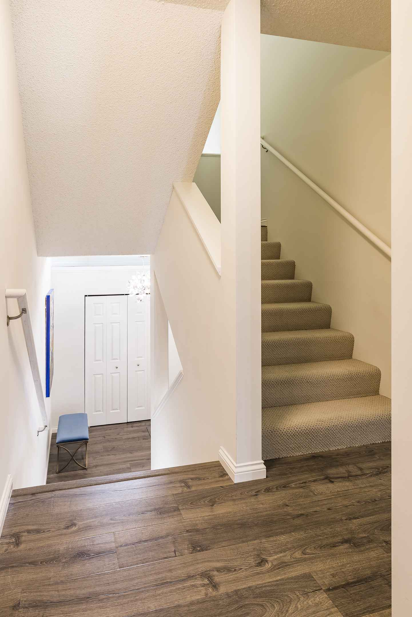 View 28 photos of this 2 bed, 2 bath, and 1,459 sqft. condo_townhome_rowhome_coop home located at 2856 Kenwood Isles Dr, Minneapolis, Minnesota 55408 is _0 for $.