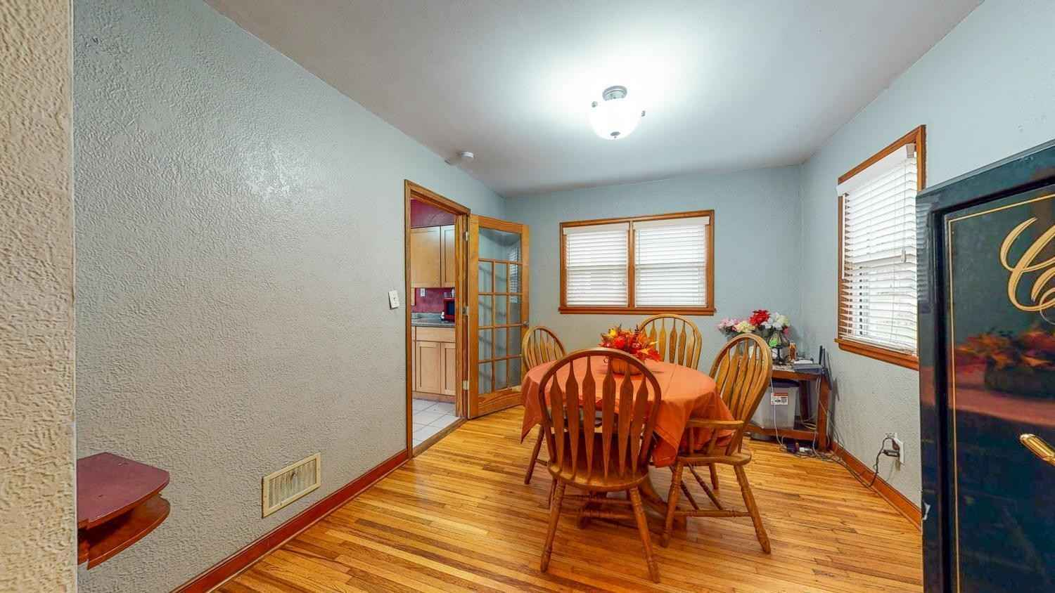 View 25 photos of this 3 bed, 1 bath, and 1,112 sqft. single_family home located at 1101 12th Ave NE, Rochester, Minnesota 55906 is Active for $225,000.