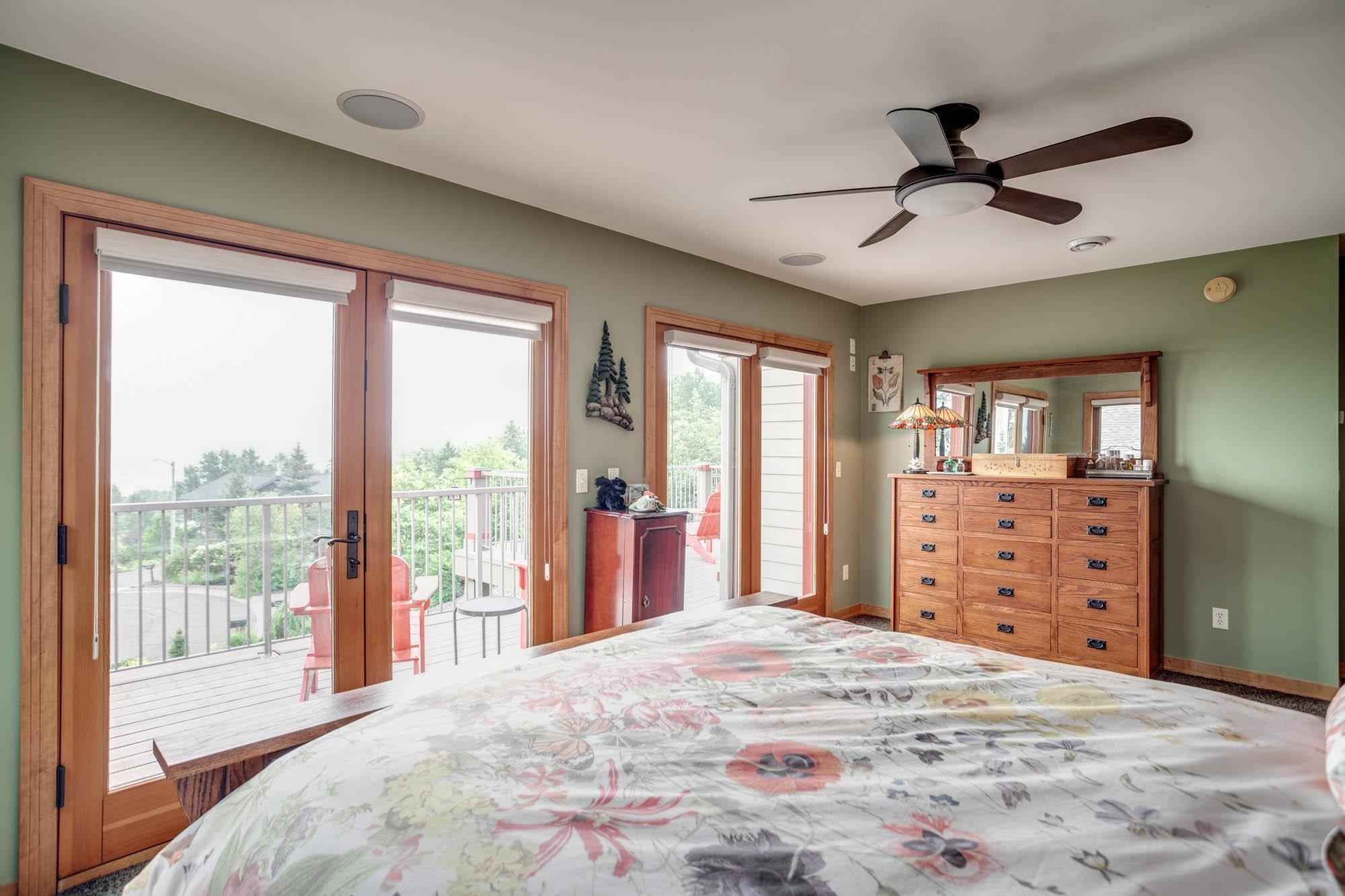 View 42 photos of this 4 bed, 4 bath, and 3,672 sqft. single_family home located at 2627 W 16th St, Duluth, Minnesota 55806 is Pending for $750,000.