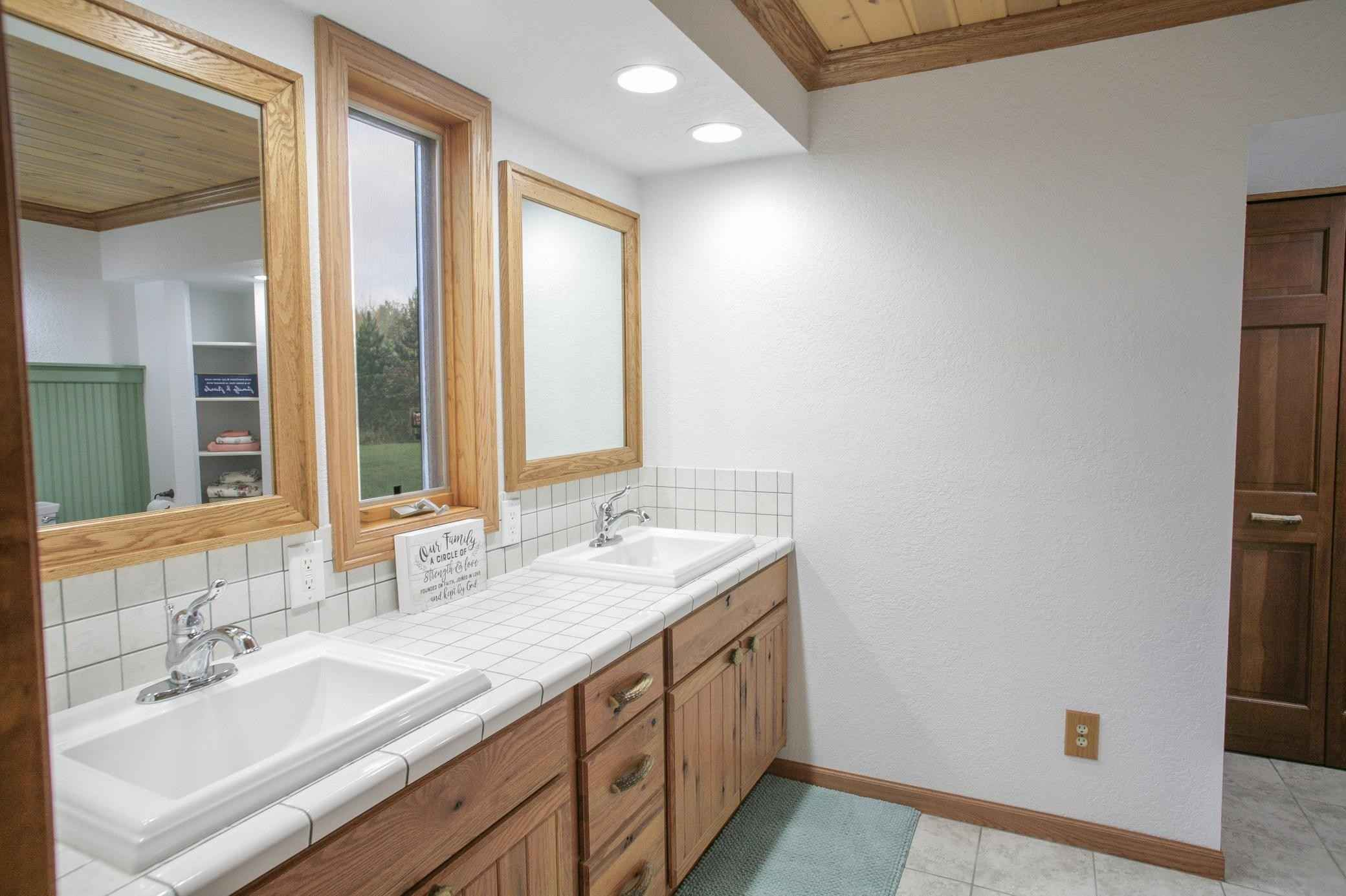 View 24 photos of this 2 bed, 2 bath, and 1,678 sqft. single_family home located at 58610 County Road 29, Northome, Minnesota 56661 is Pending for $259,900.