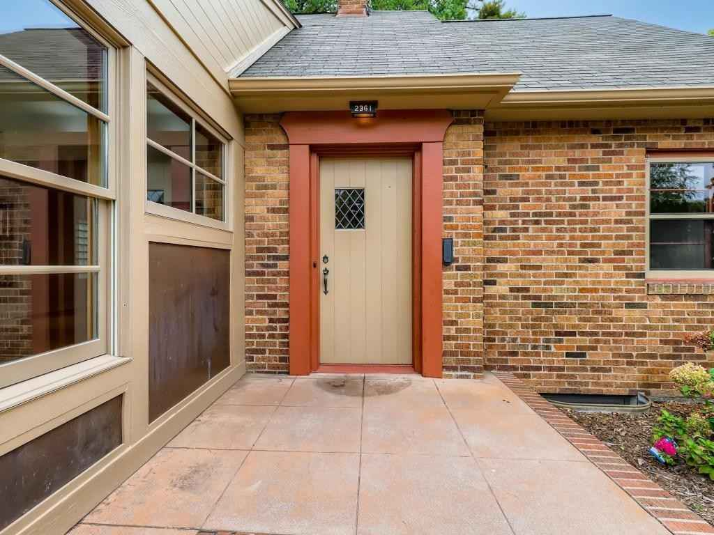 View 32 photos of this 2 bed, 1 bath, and 1,140 sqft. single_family home located at 2361 Bourne Ave, Saint Paul, Minnesota 55108 is _0 for $.