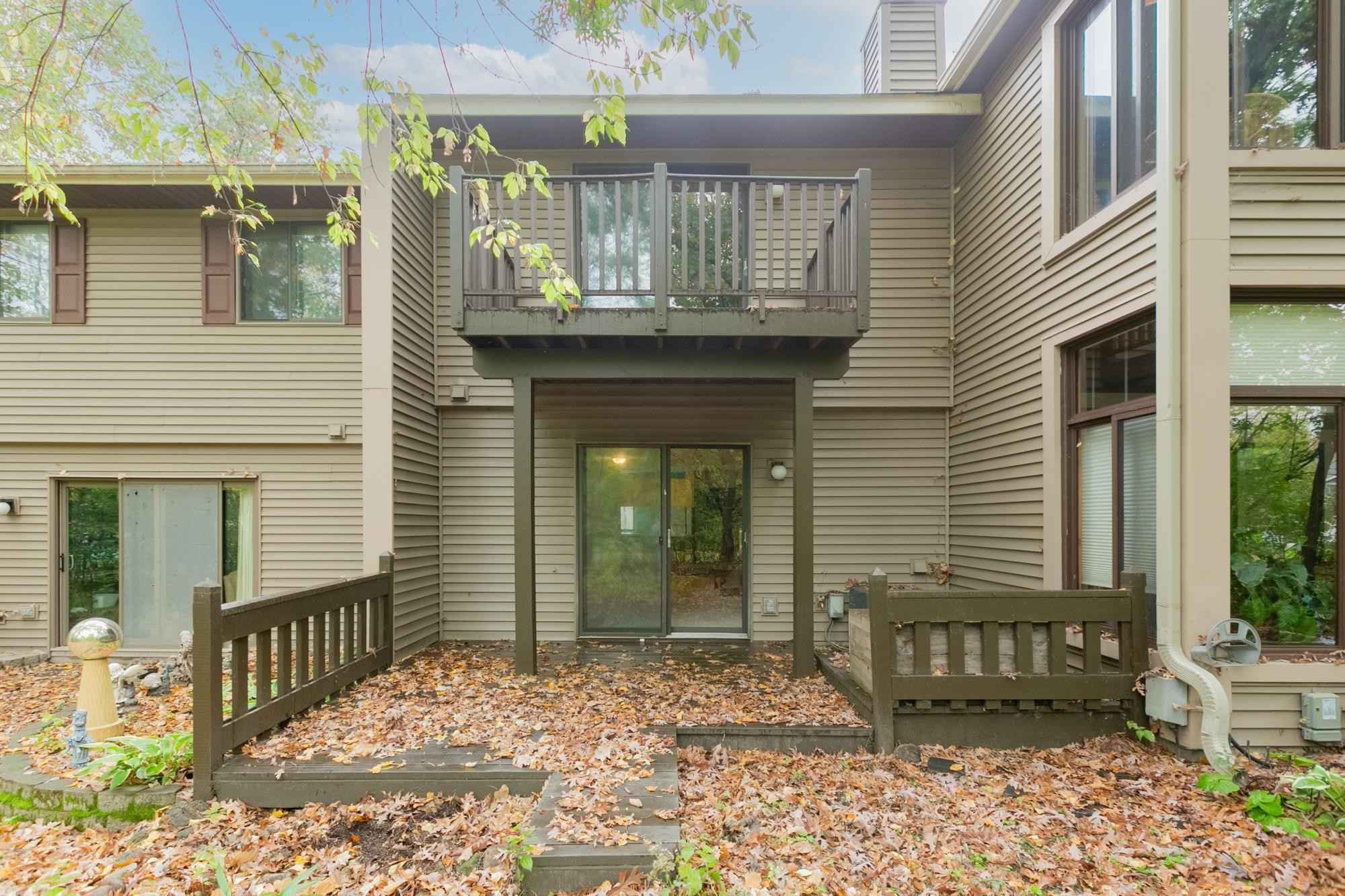 View 29 photos of this 2 bed, 1 bath, and 1,189 sqft. condo home located at 93 South Dr, Circle Pines, Minnesota 55014 is Active for $222,100.